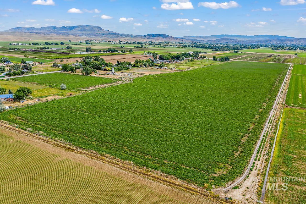 3277 W Idaho Blvd Property Photo