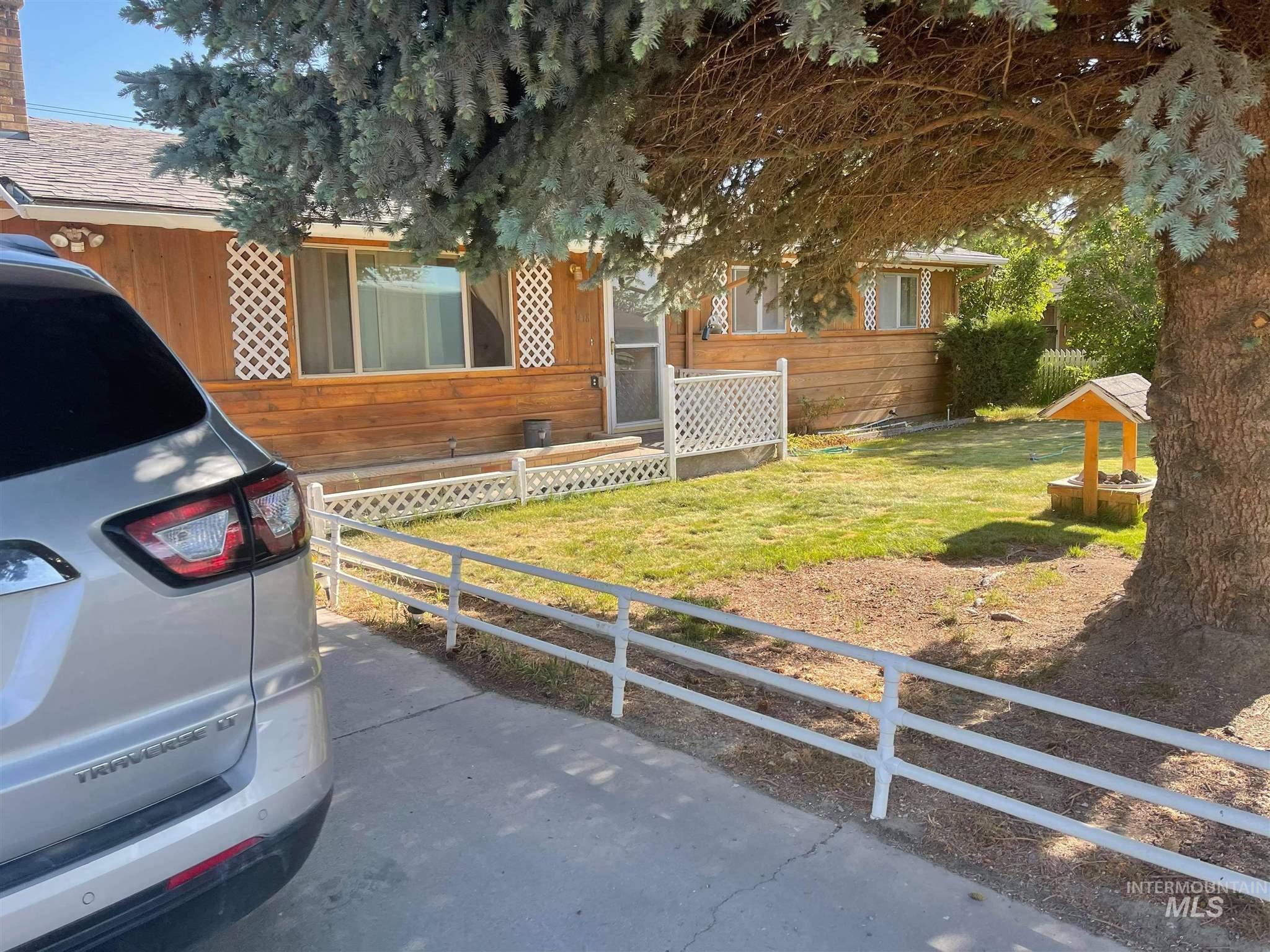 418 E Linclon Property Photo