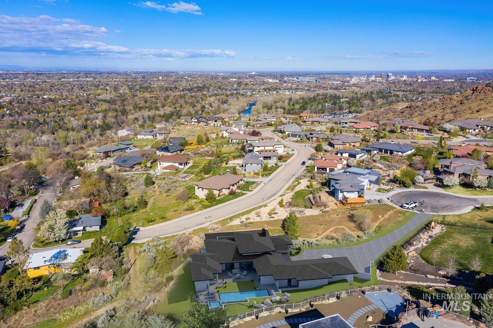 2813 E Hard Rock Drive Property Photo 7