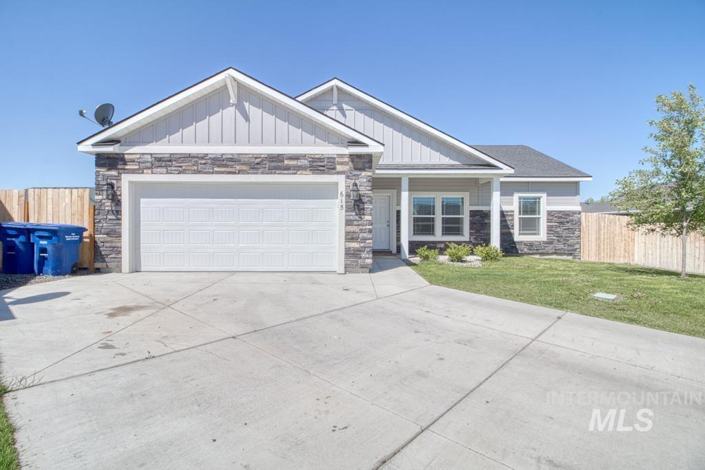 Maple Ridge Real Estate Listings Main Image