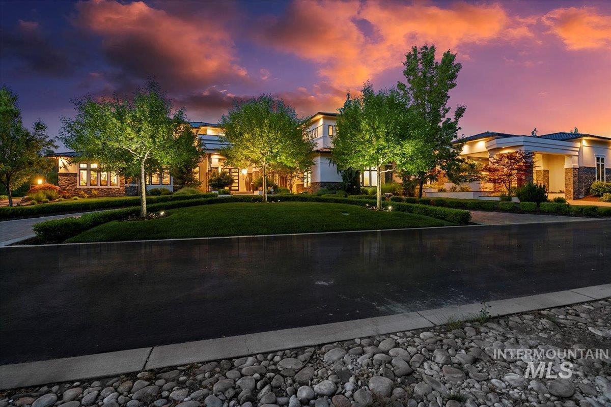 476 E Riversedge Lane Property Photo 5