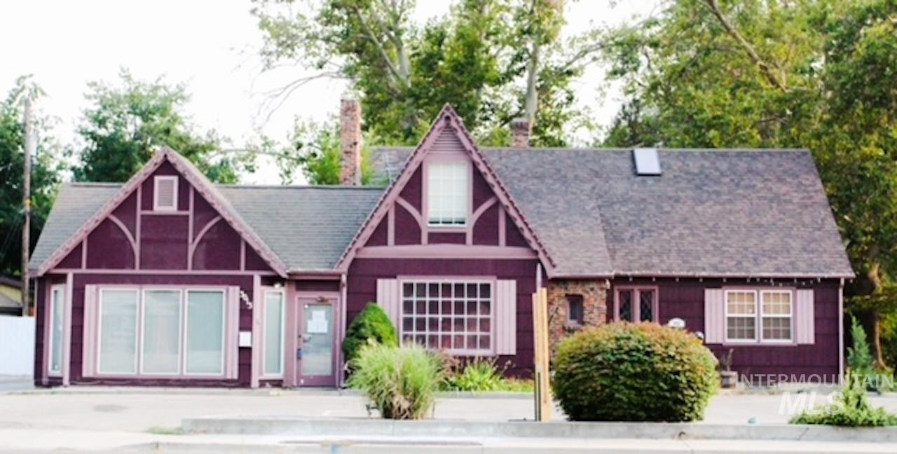 3013 W Overland Road Property Photo 1
