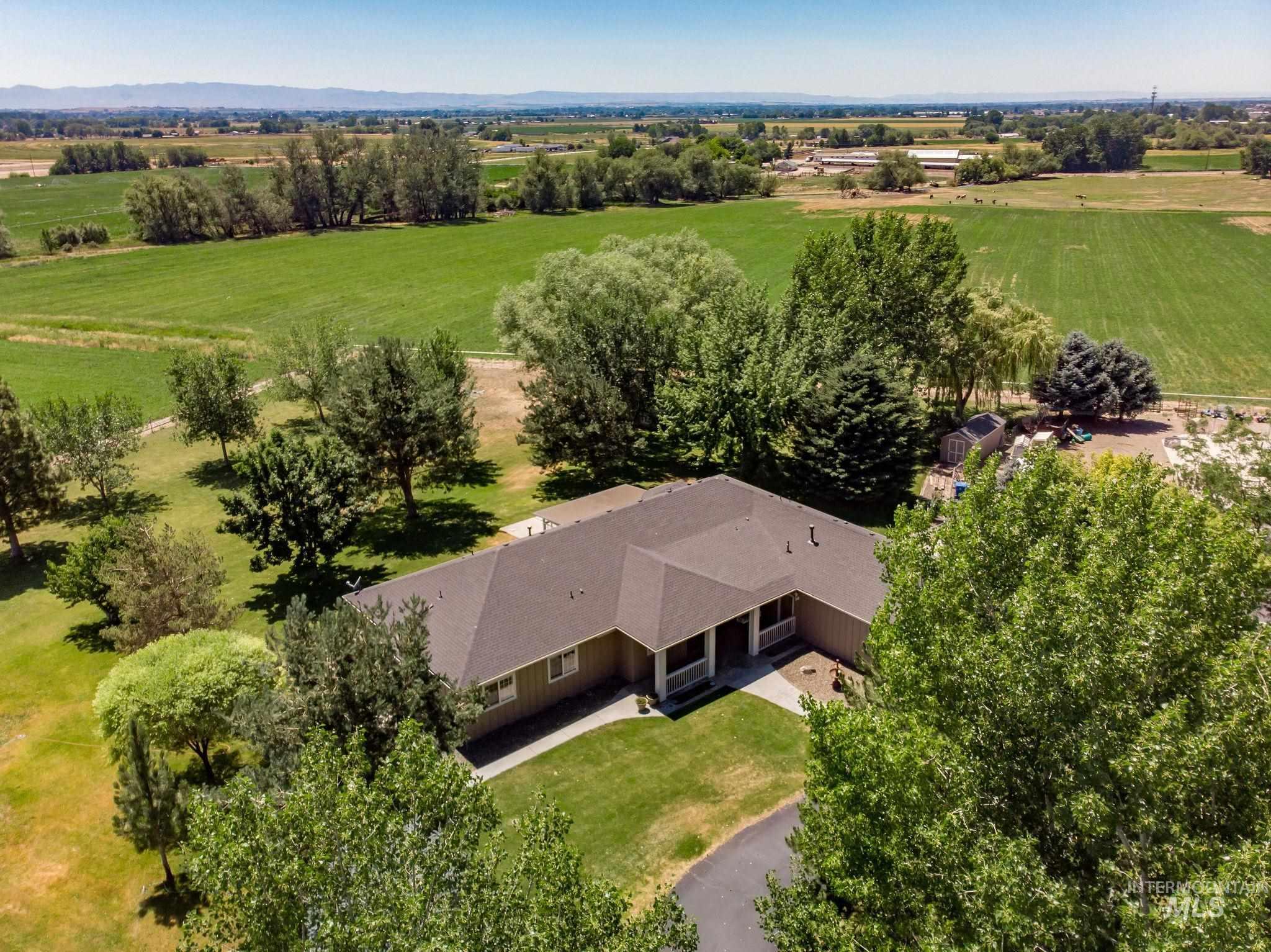 5000 W Ridgeback Property Photo 1