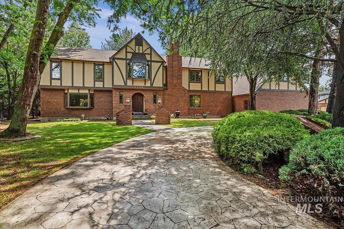 Hickories- Ada Real Estate Listings Main Image