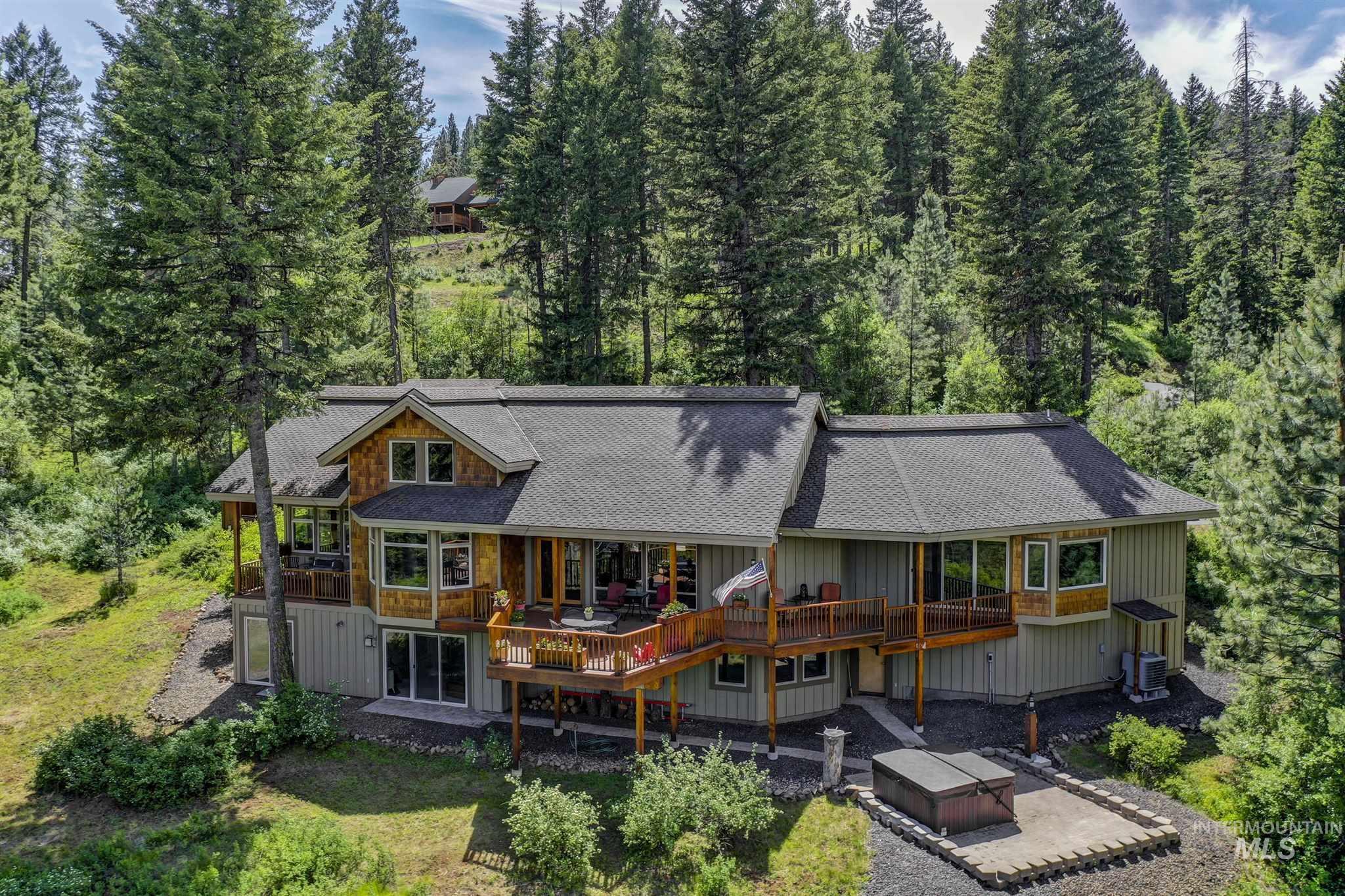 83654 Real Estate Listings Main Image
