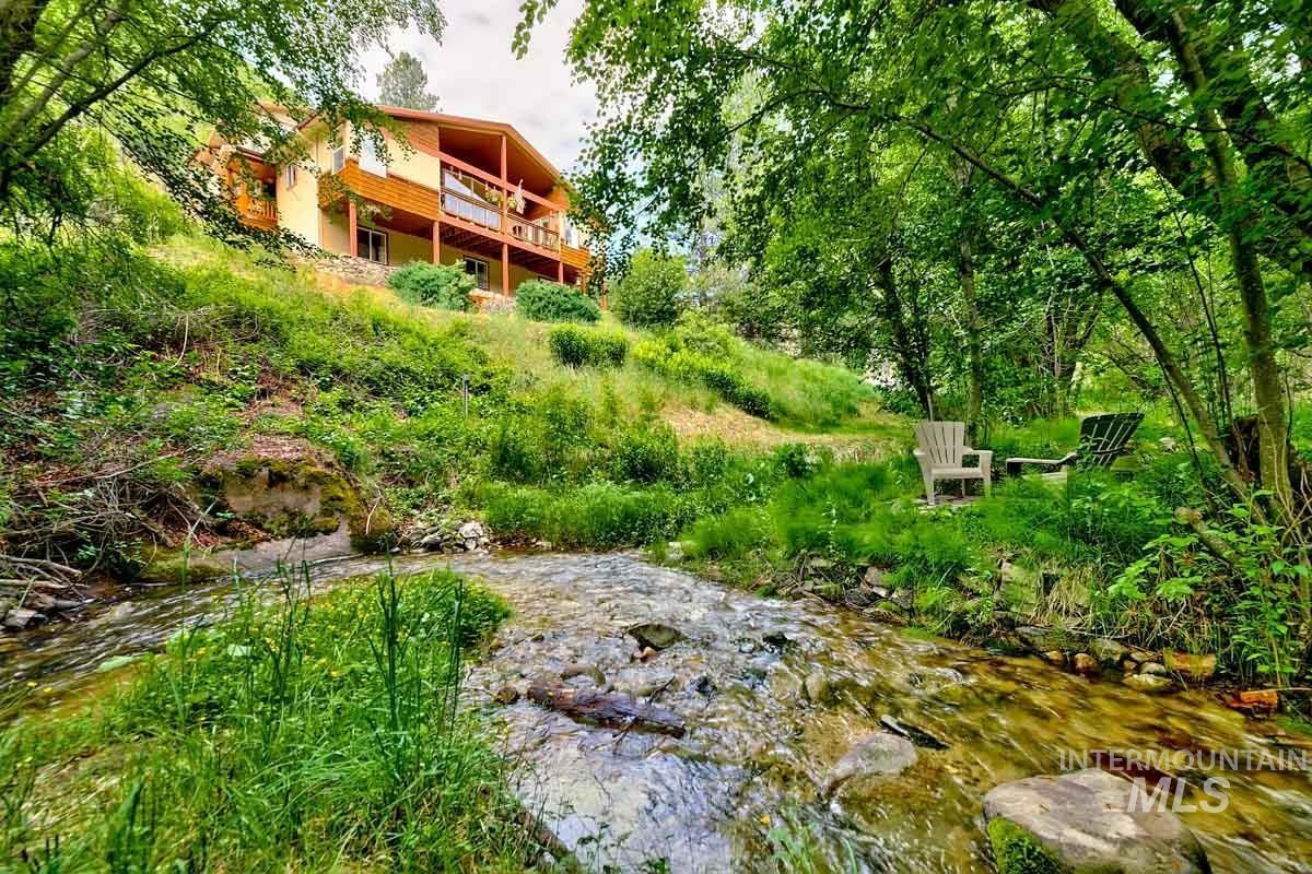 317 Robie Creek Road Property Photo 1
