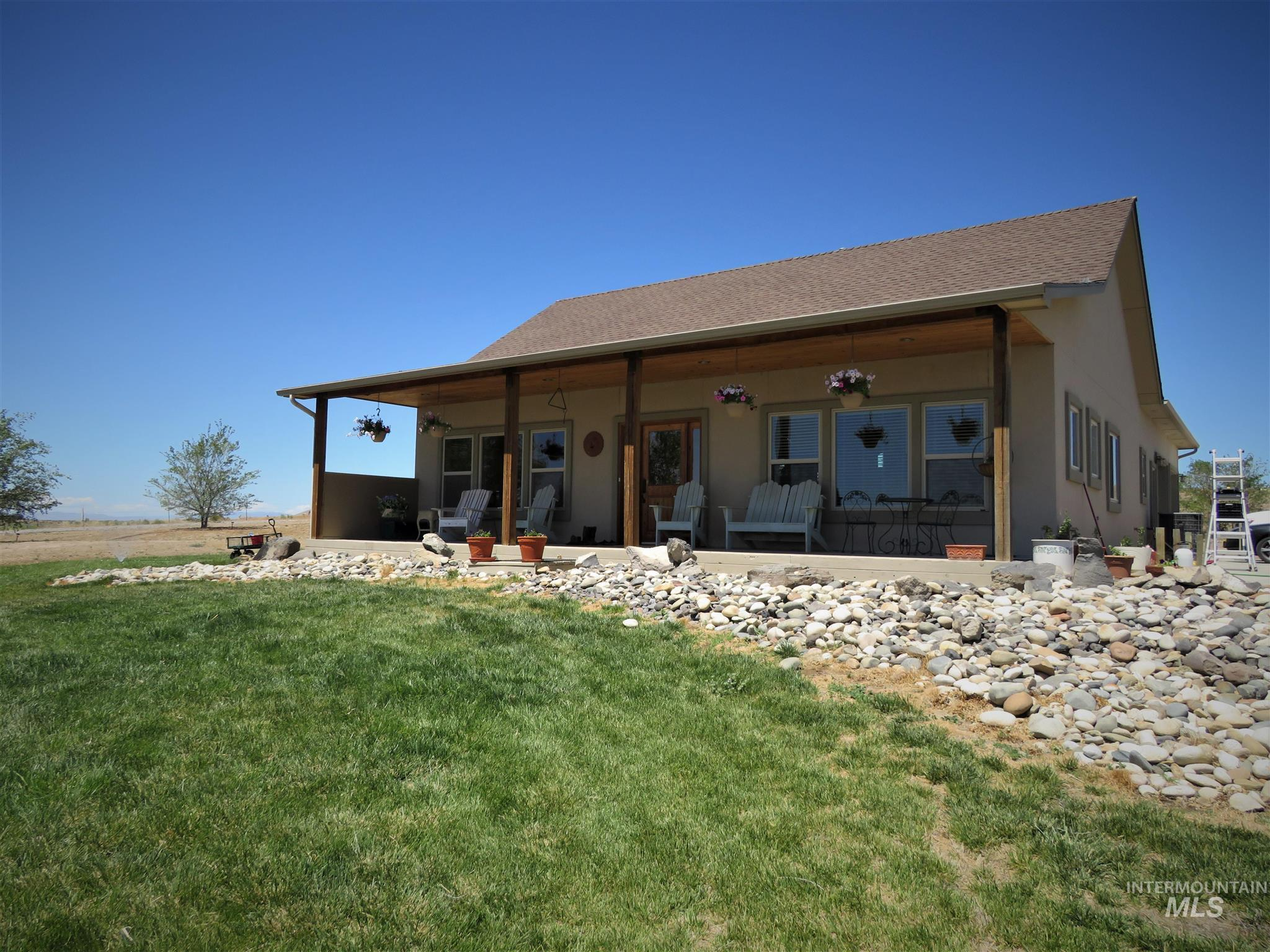 1528 Vale View Road Property Photo