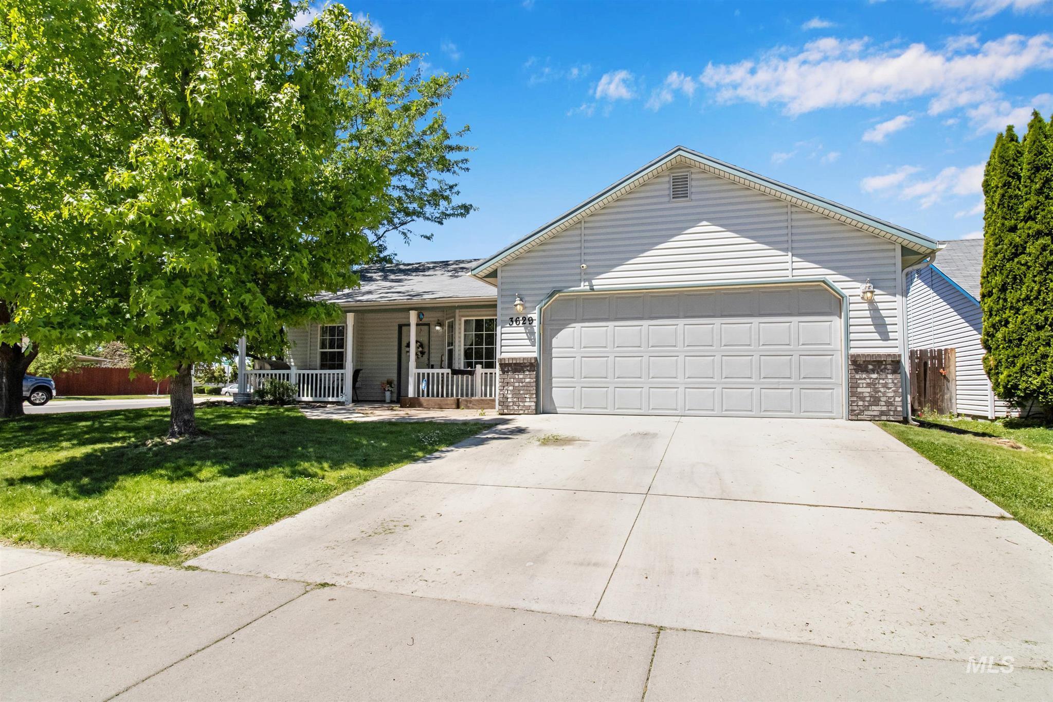 3629 N Bottle Brush Ave Property Photo
