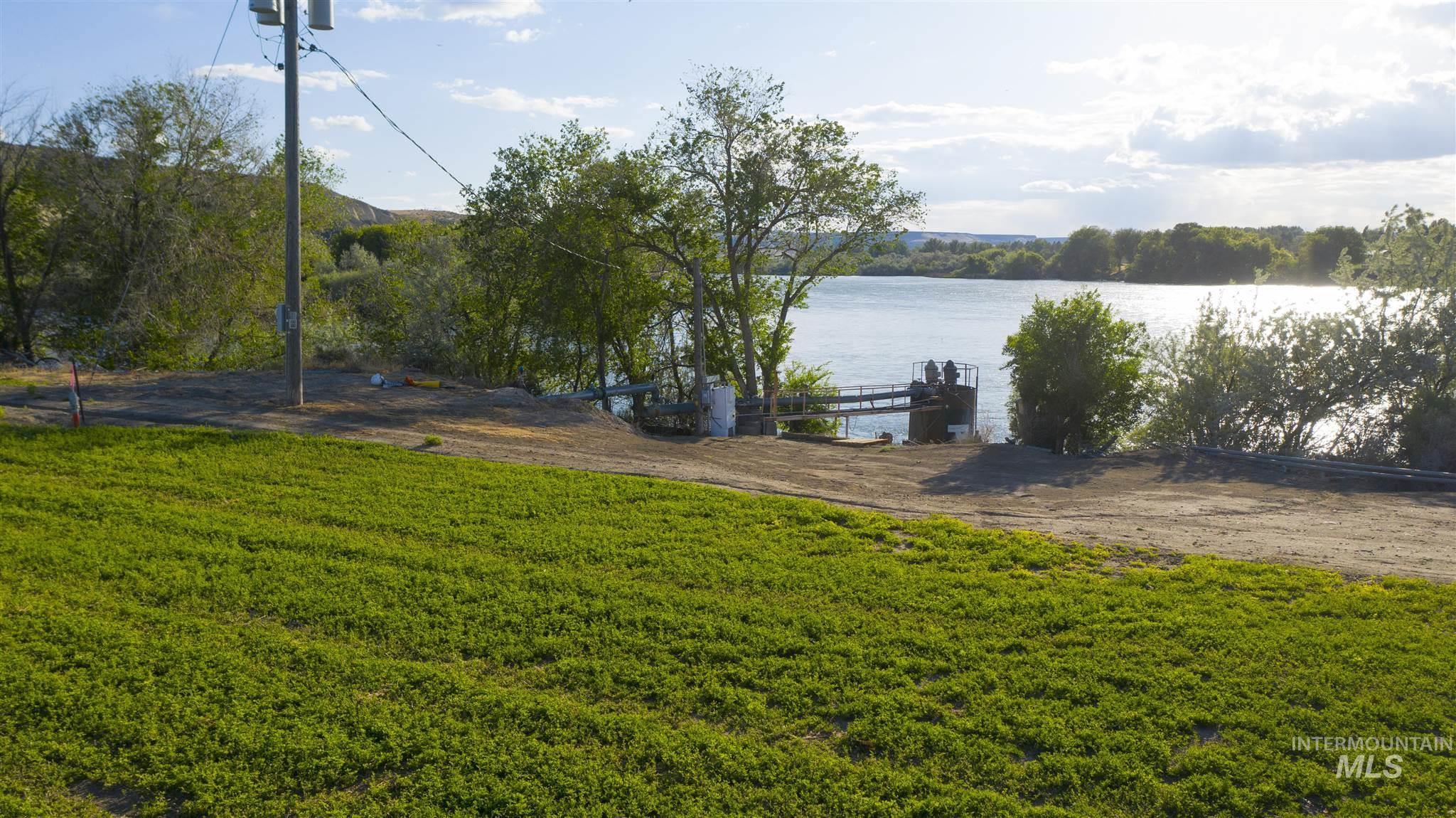 1098 E Kitsos Drive Property Photo 32