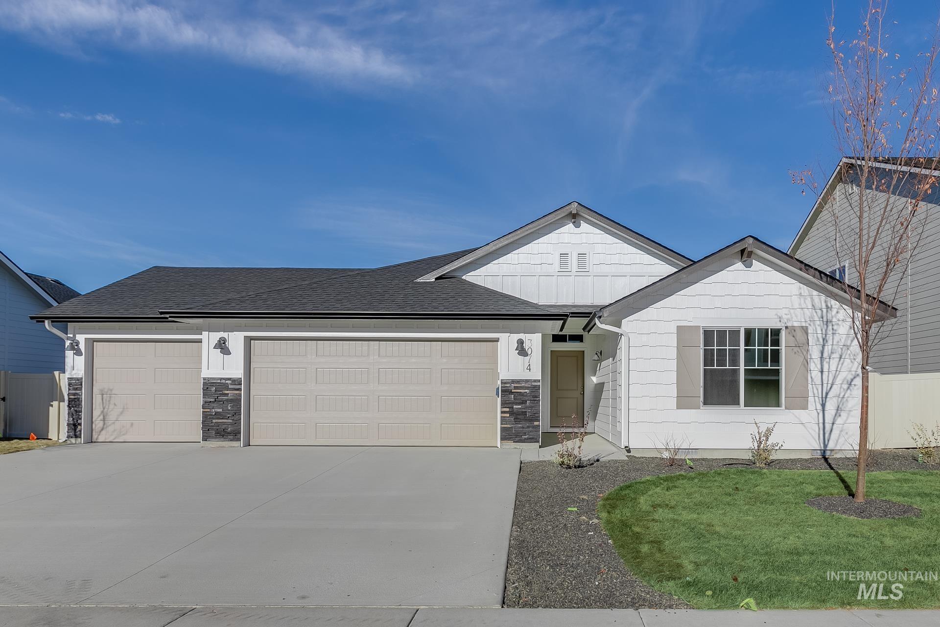 2141 N Waterbrook Pl Property Photo