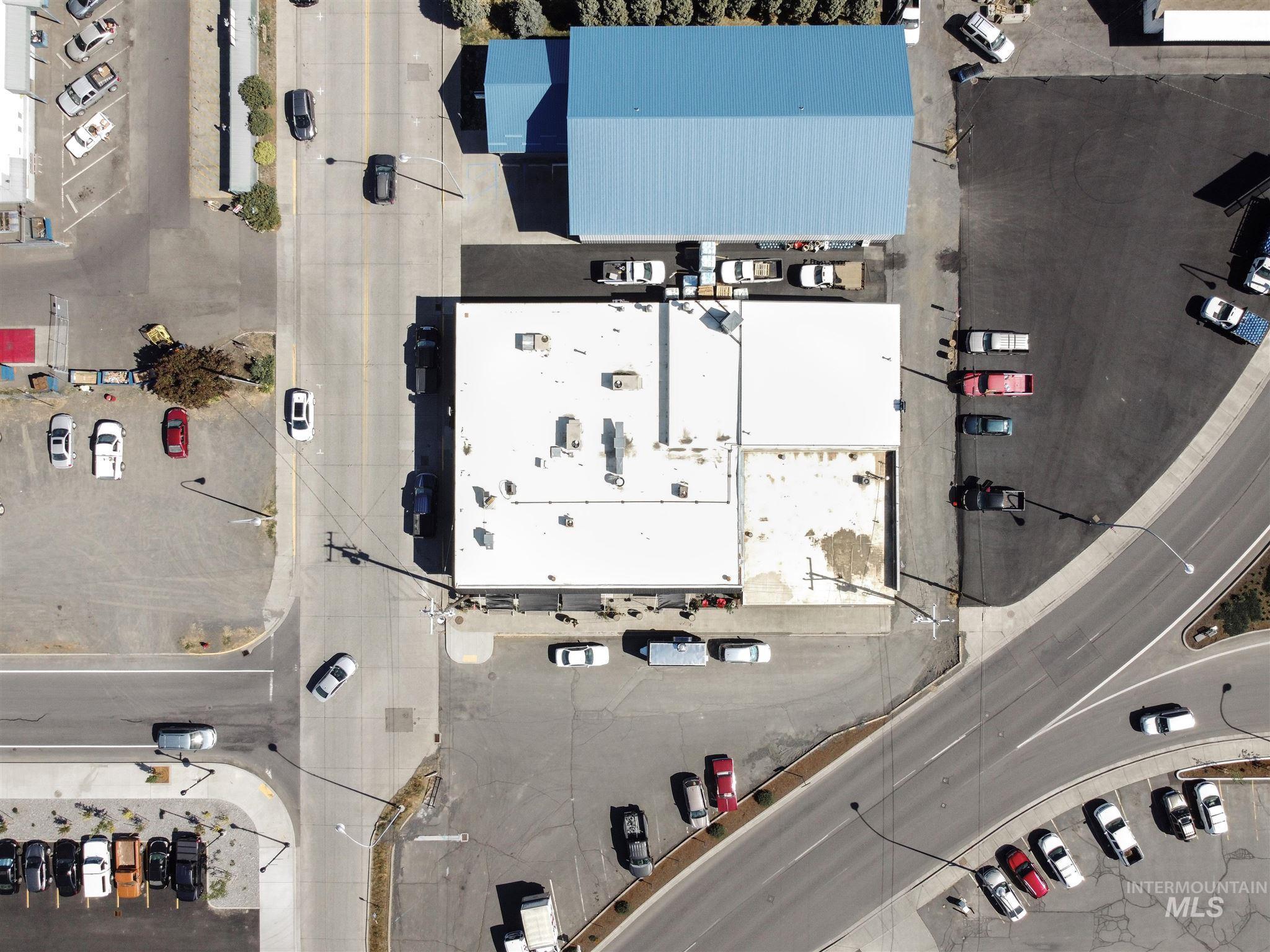308 N Jackson Street Property Photo 42
