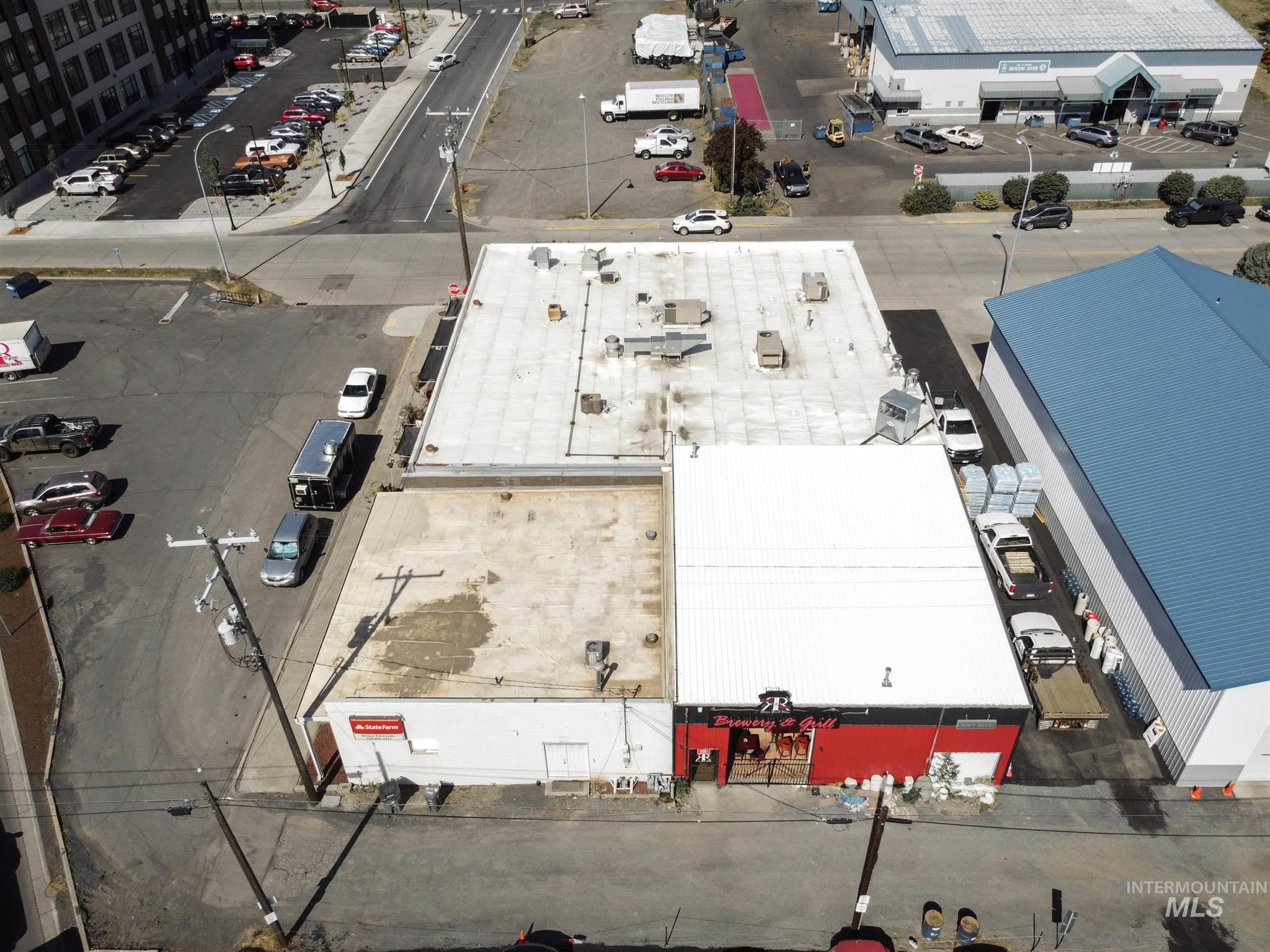 308 N Jackson Street Property Photo 43