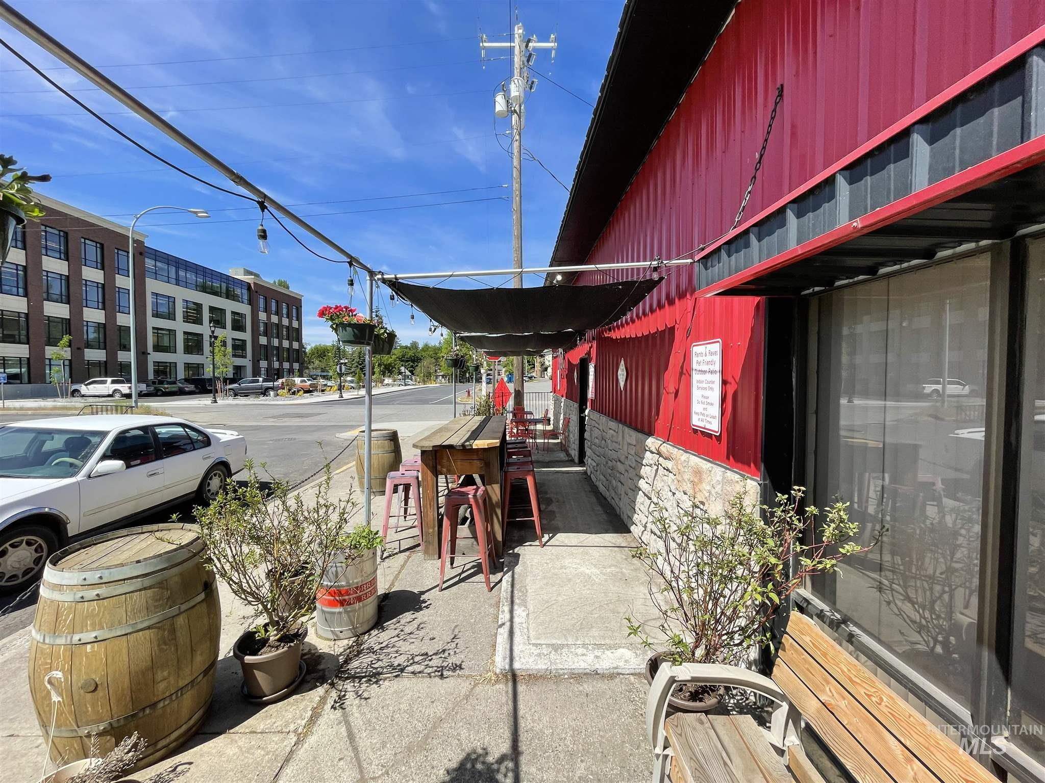 308 N Jackson Street Property Photo 49