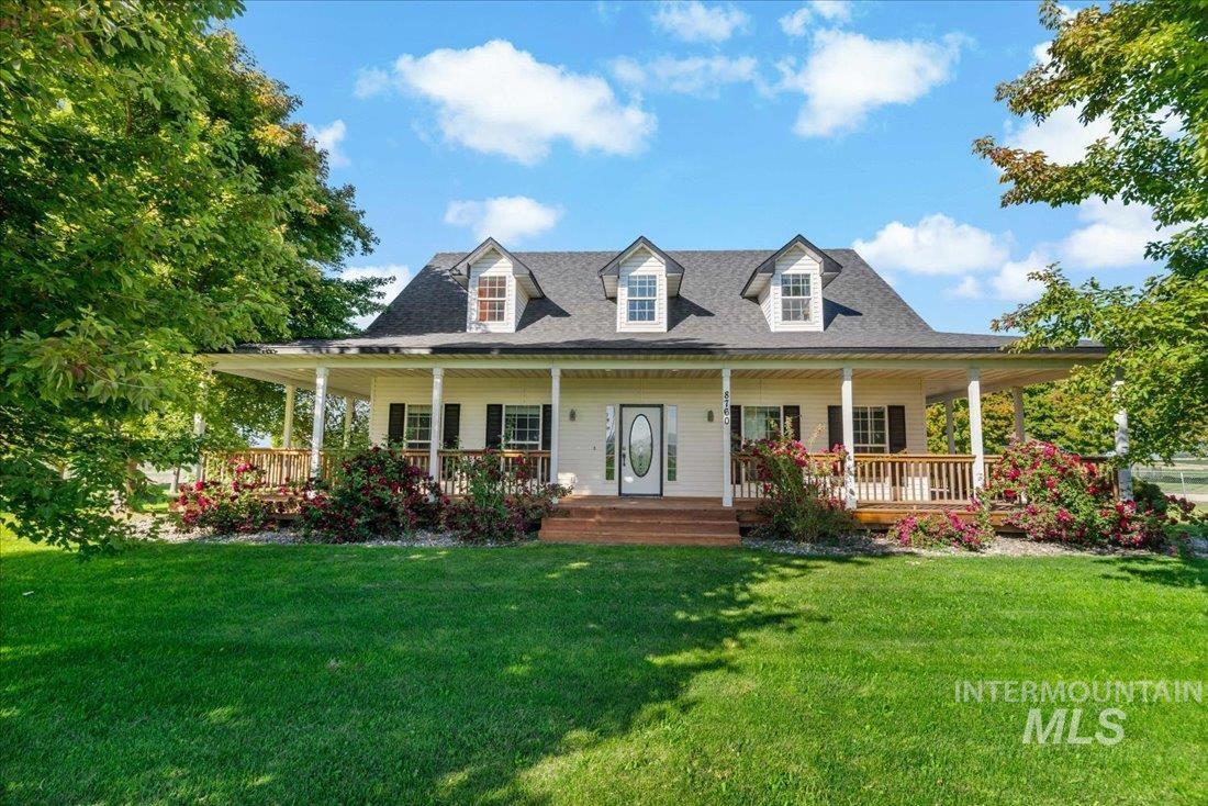 8760 Lynwood Rd Property Photo