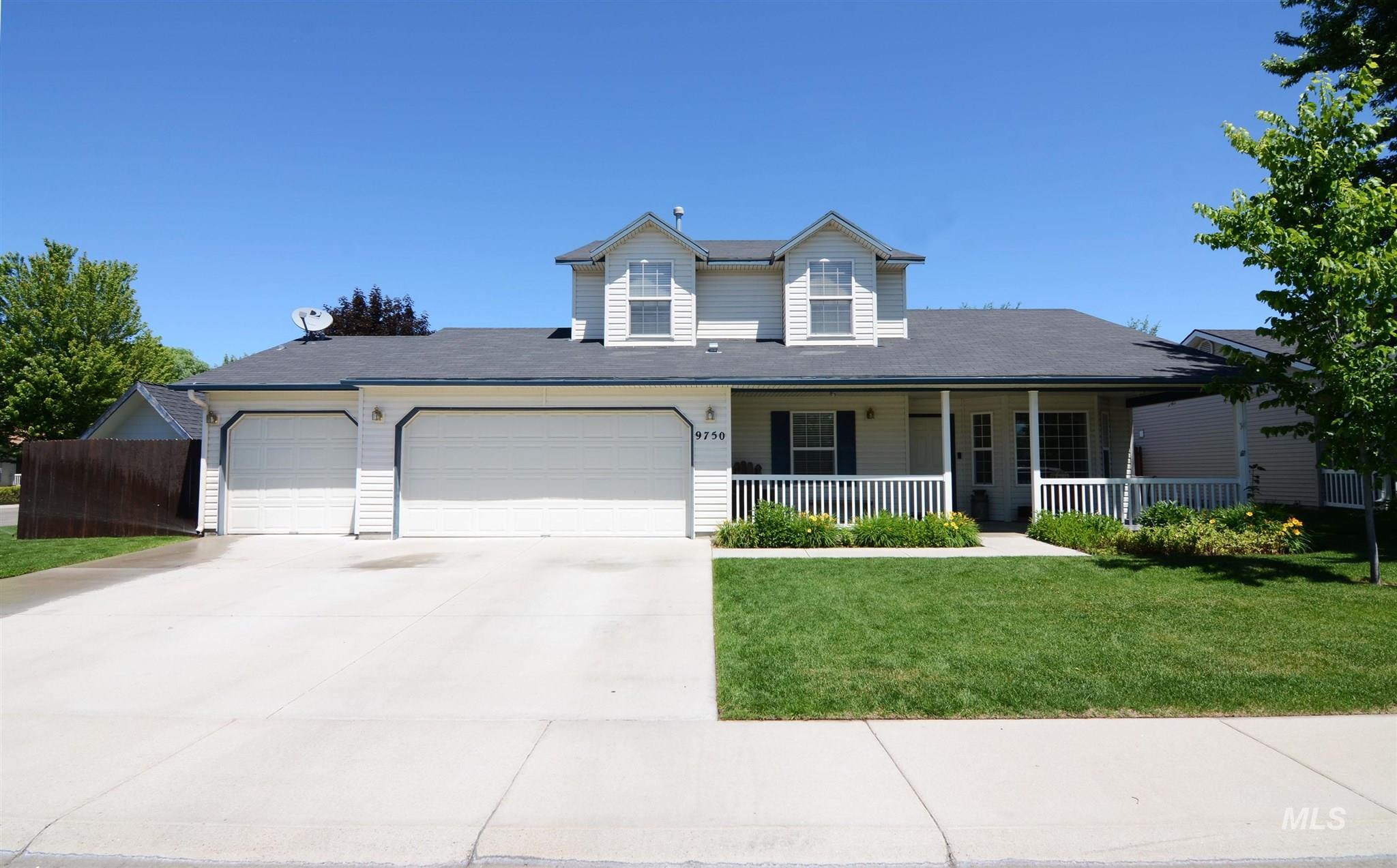 9750 W Leo Dr Property Photo 1