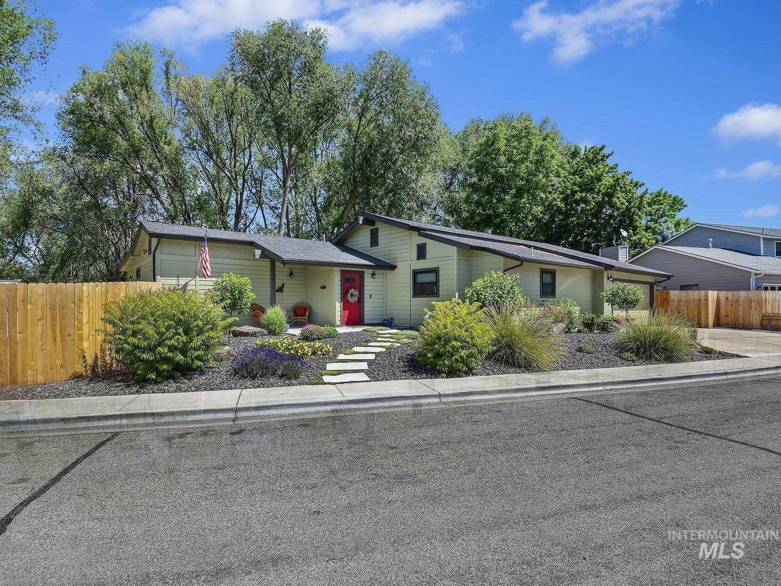 4320 W Wood Acres Ct. Property Photo