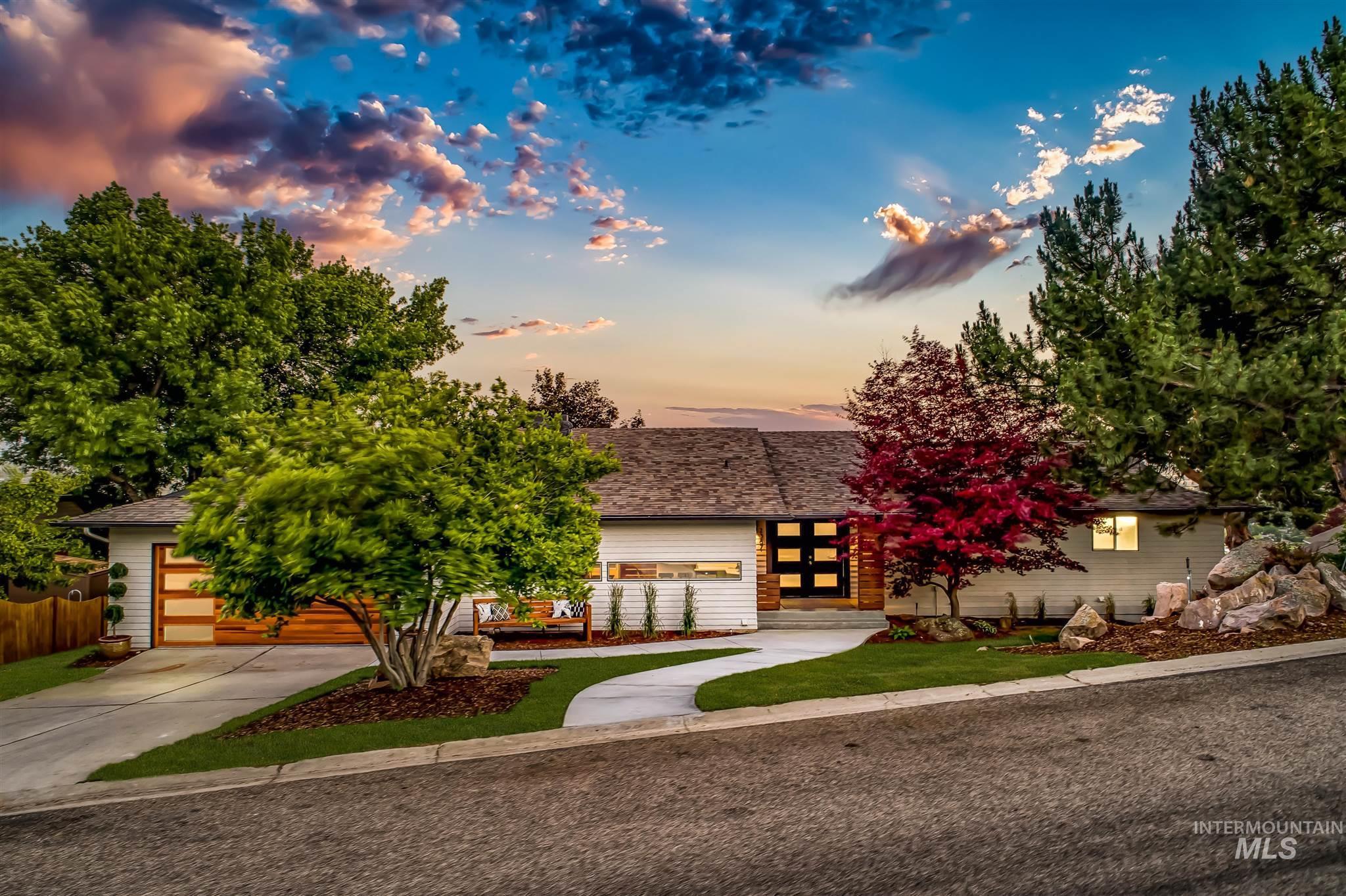 2387 S Ridgeview Way Property Photo