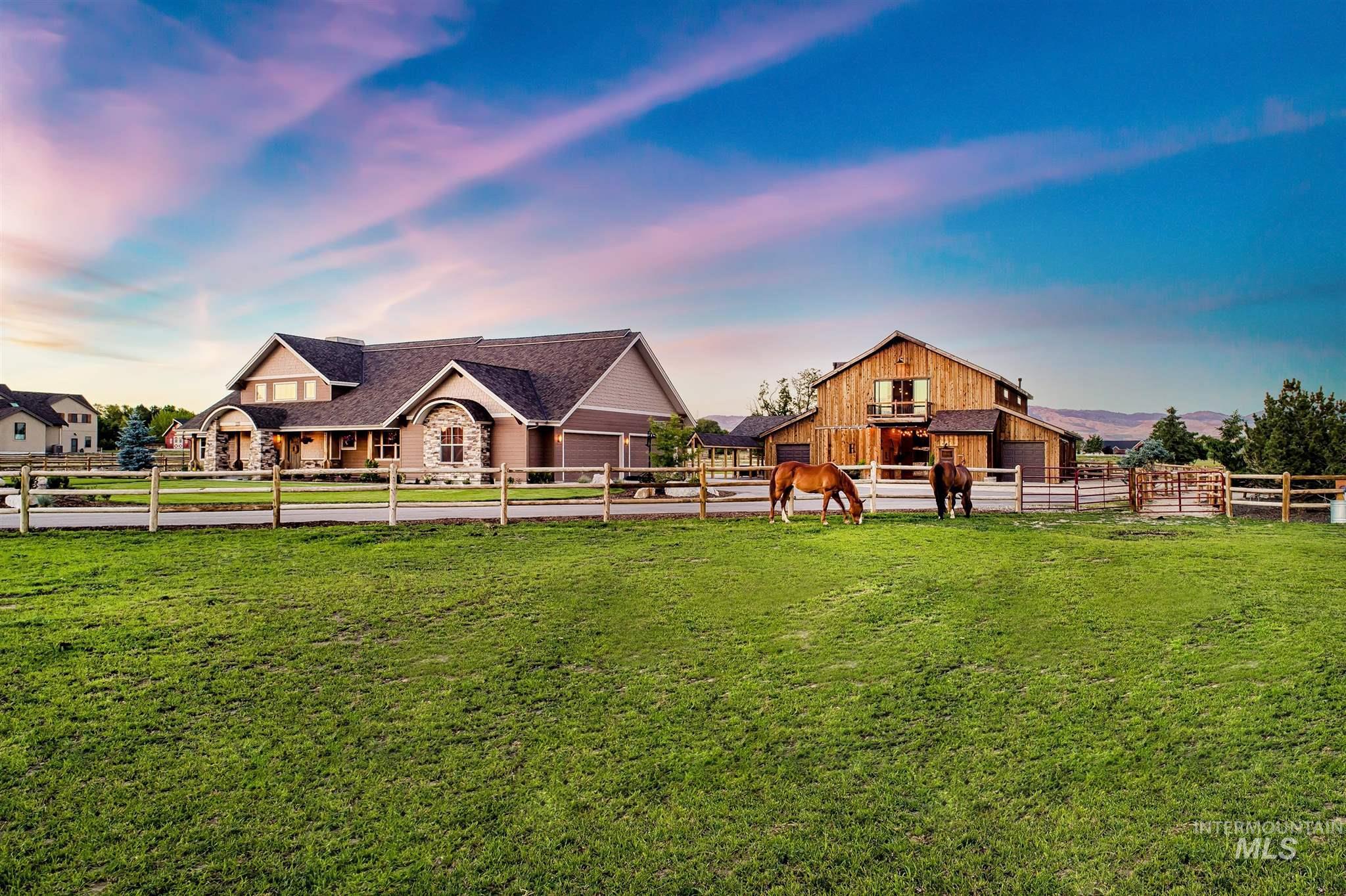 3208 N Timber Ridge Ln Property Photo 1