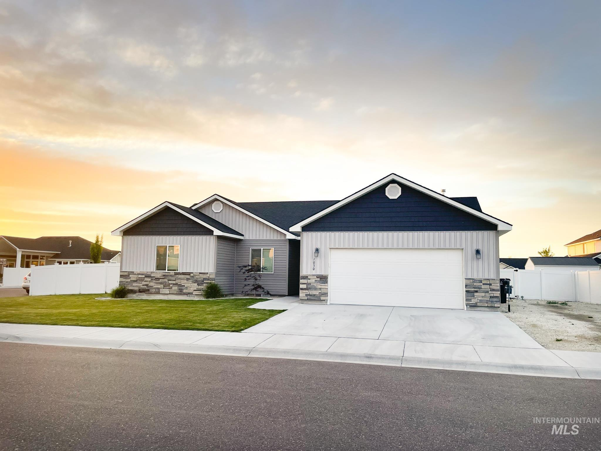 1030 Elmwood Circle Property Photo