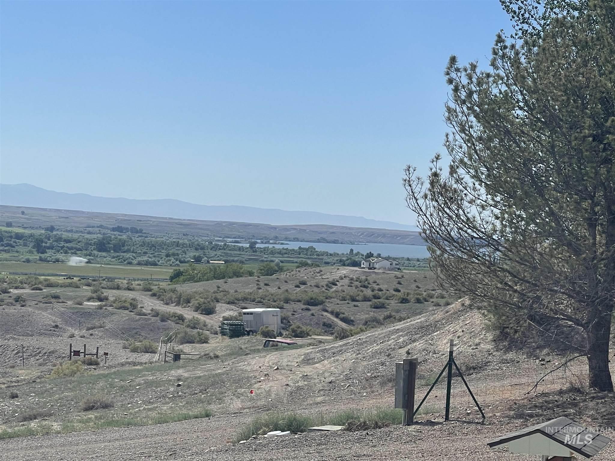 28500 Summit Ave Property Photo