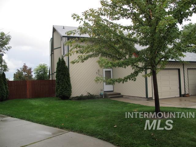 5133-5135 W Mercury Property Photo
