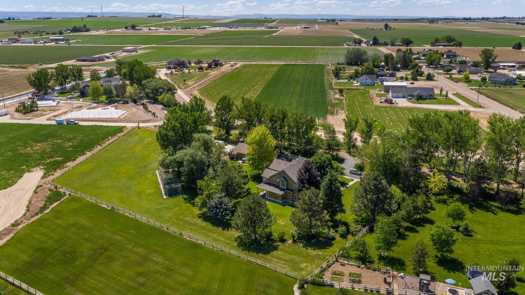 12613 Smith Avenue Property Photo