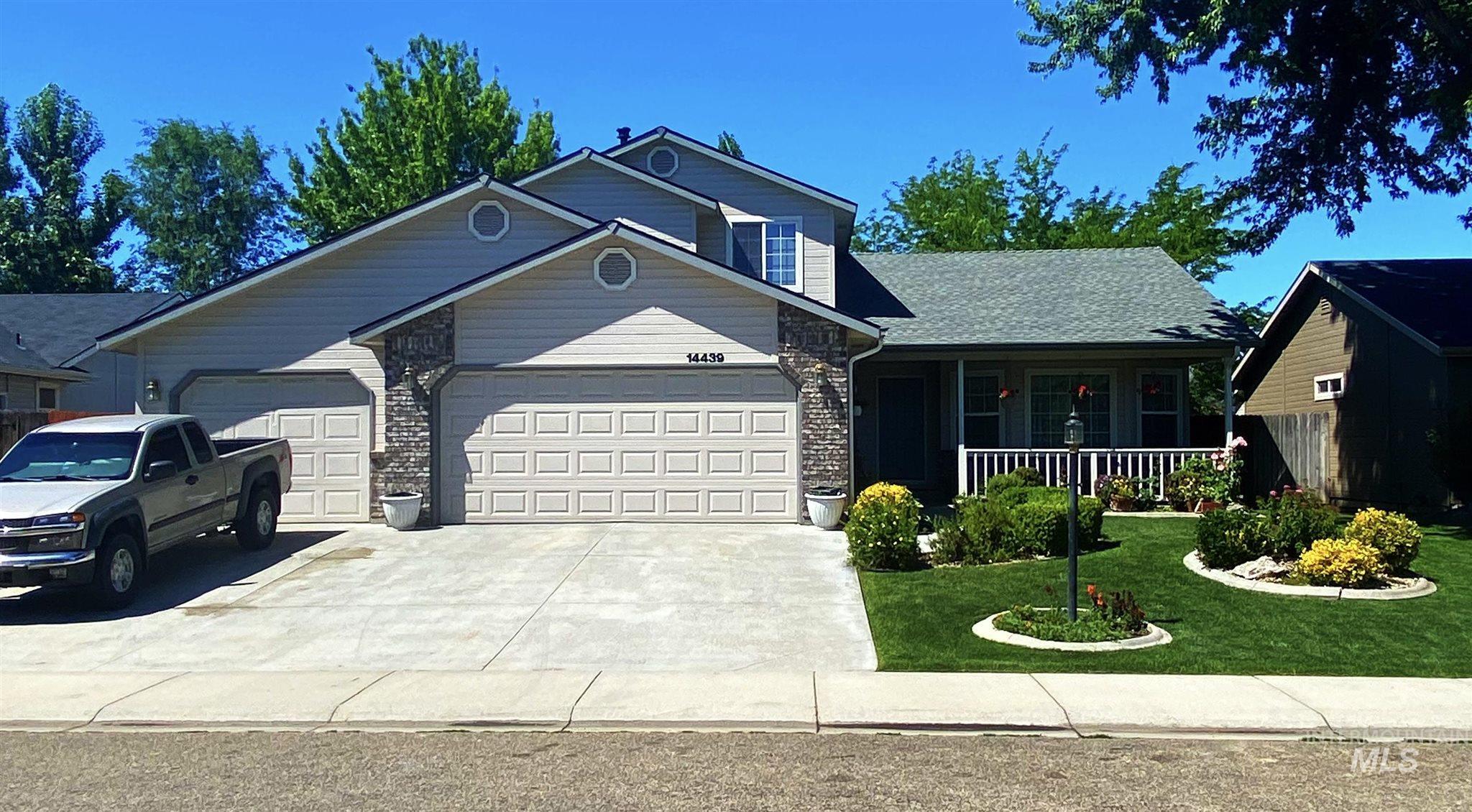 Austin Creek Real Estate Listings Main Image