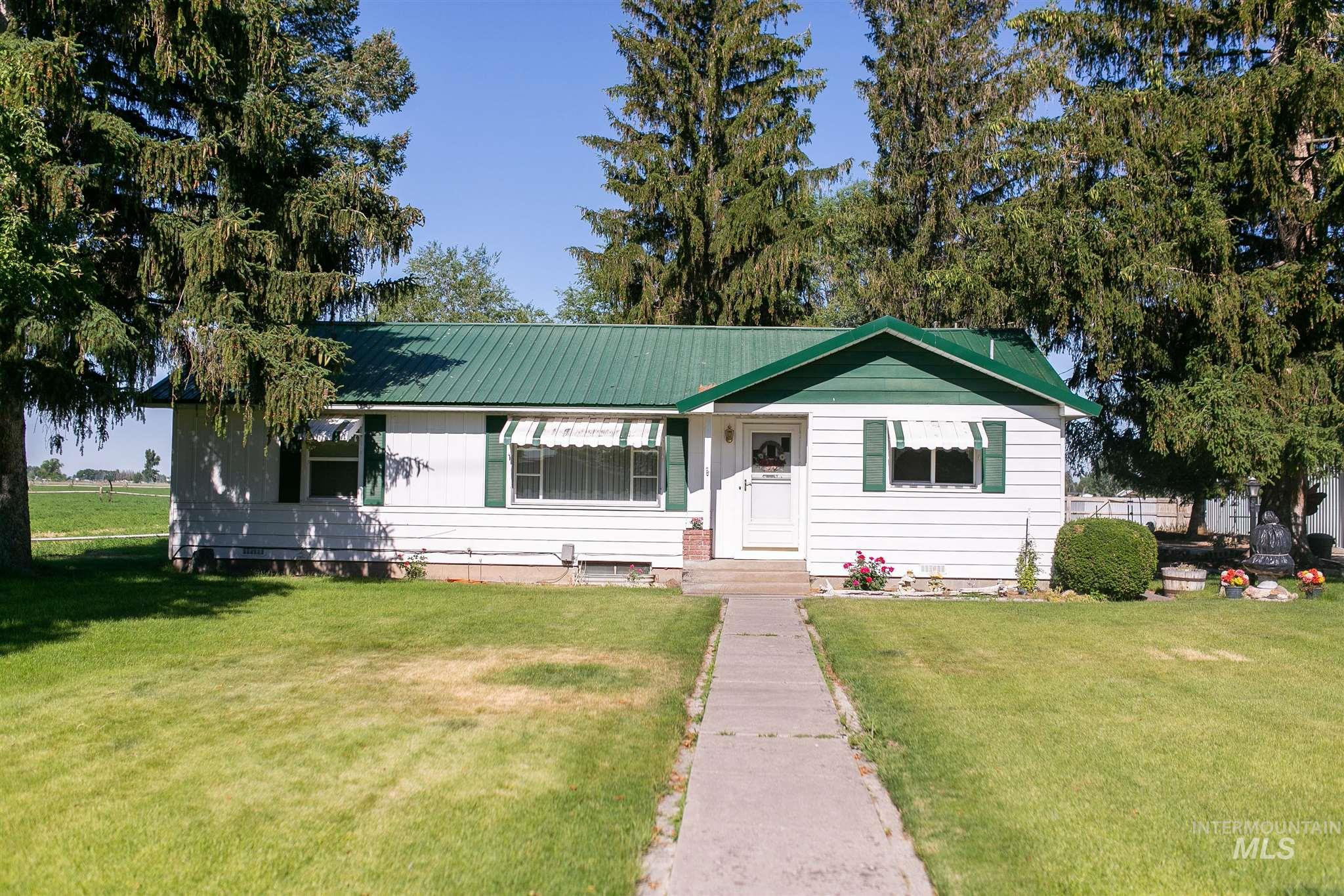 87 N 100 W Property Photo