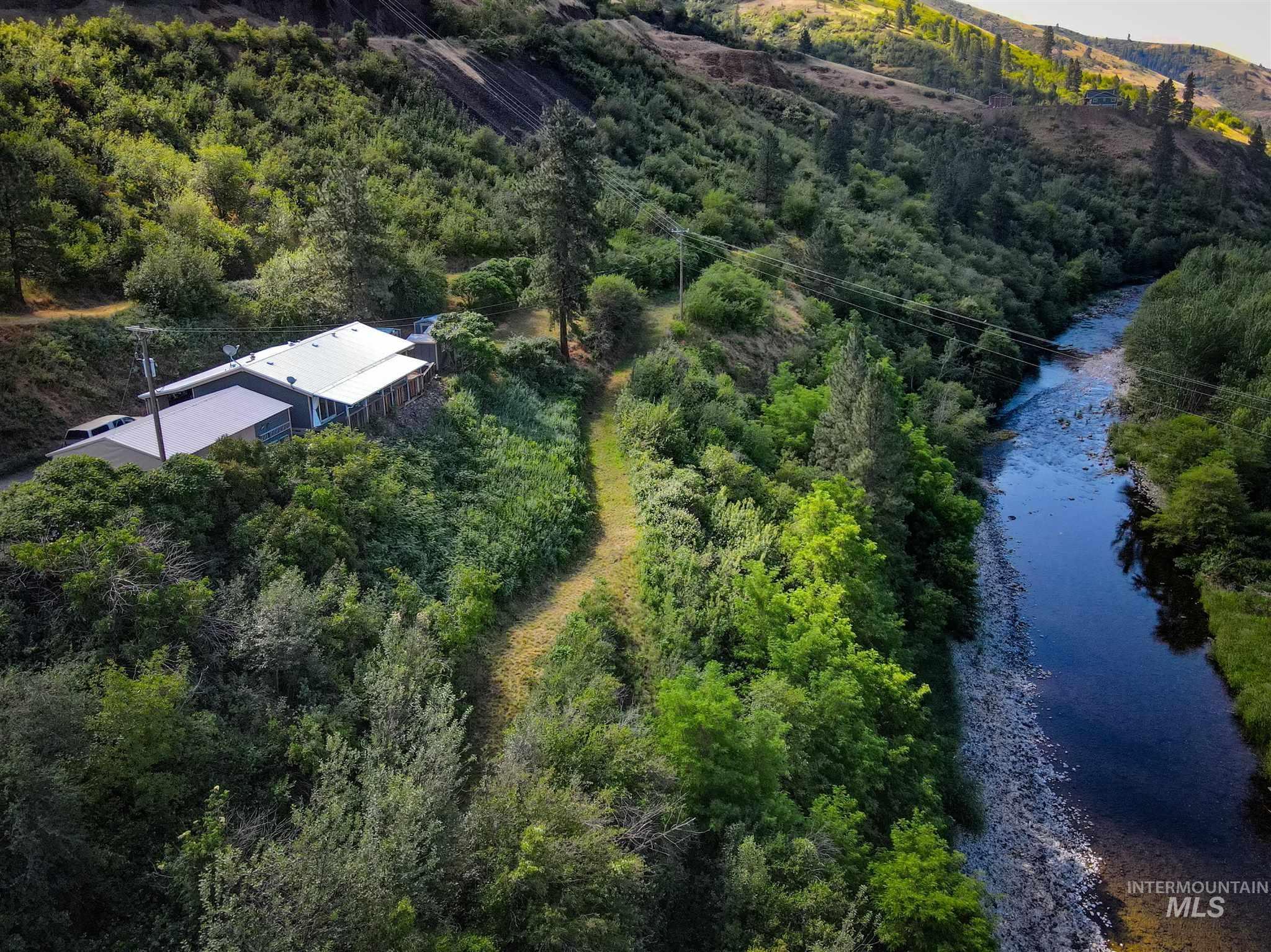 15919 Buttercup Lane Property Photo