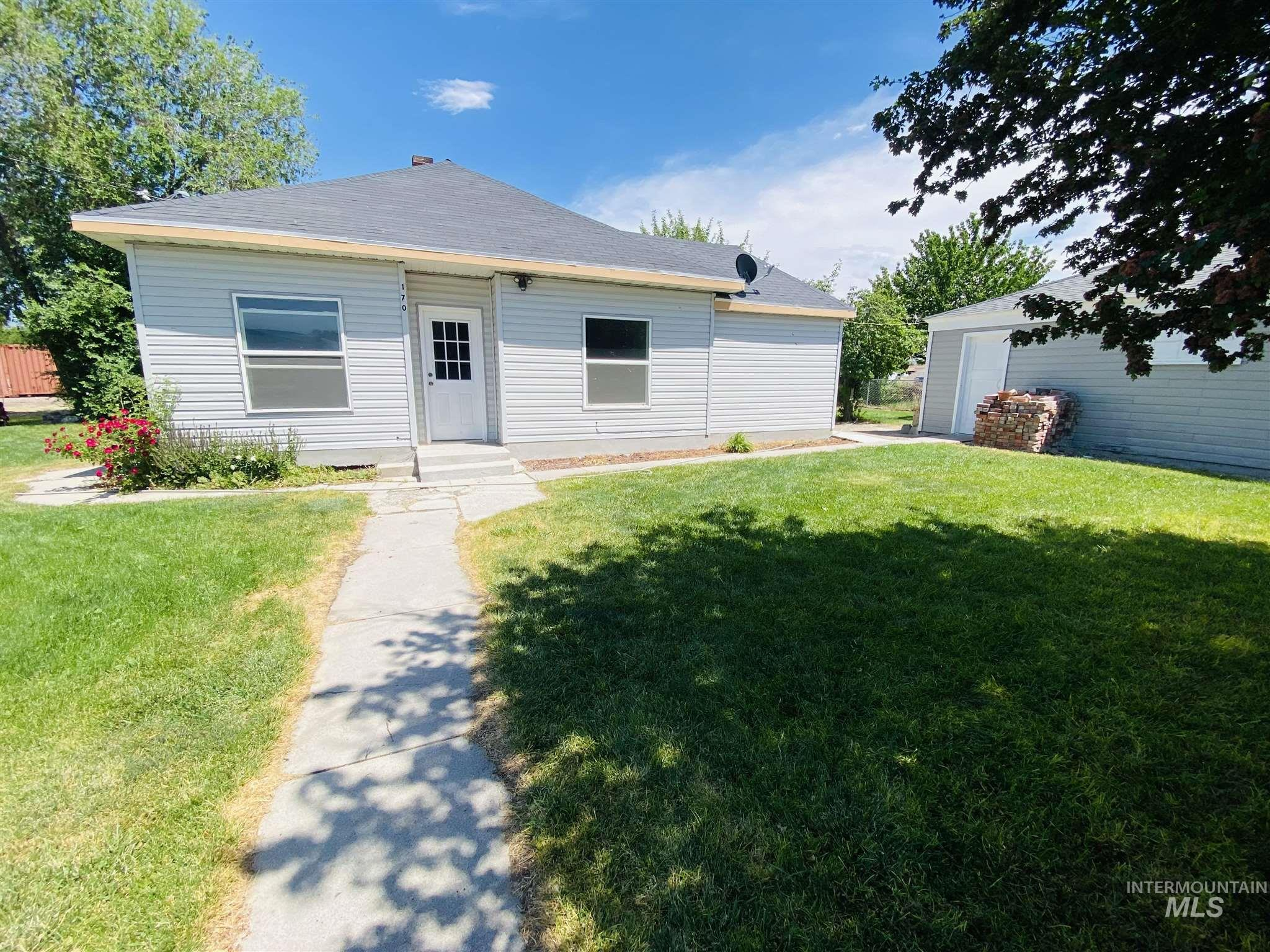 170 S Center Street Property Photo 1