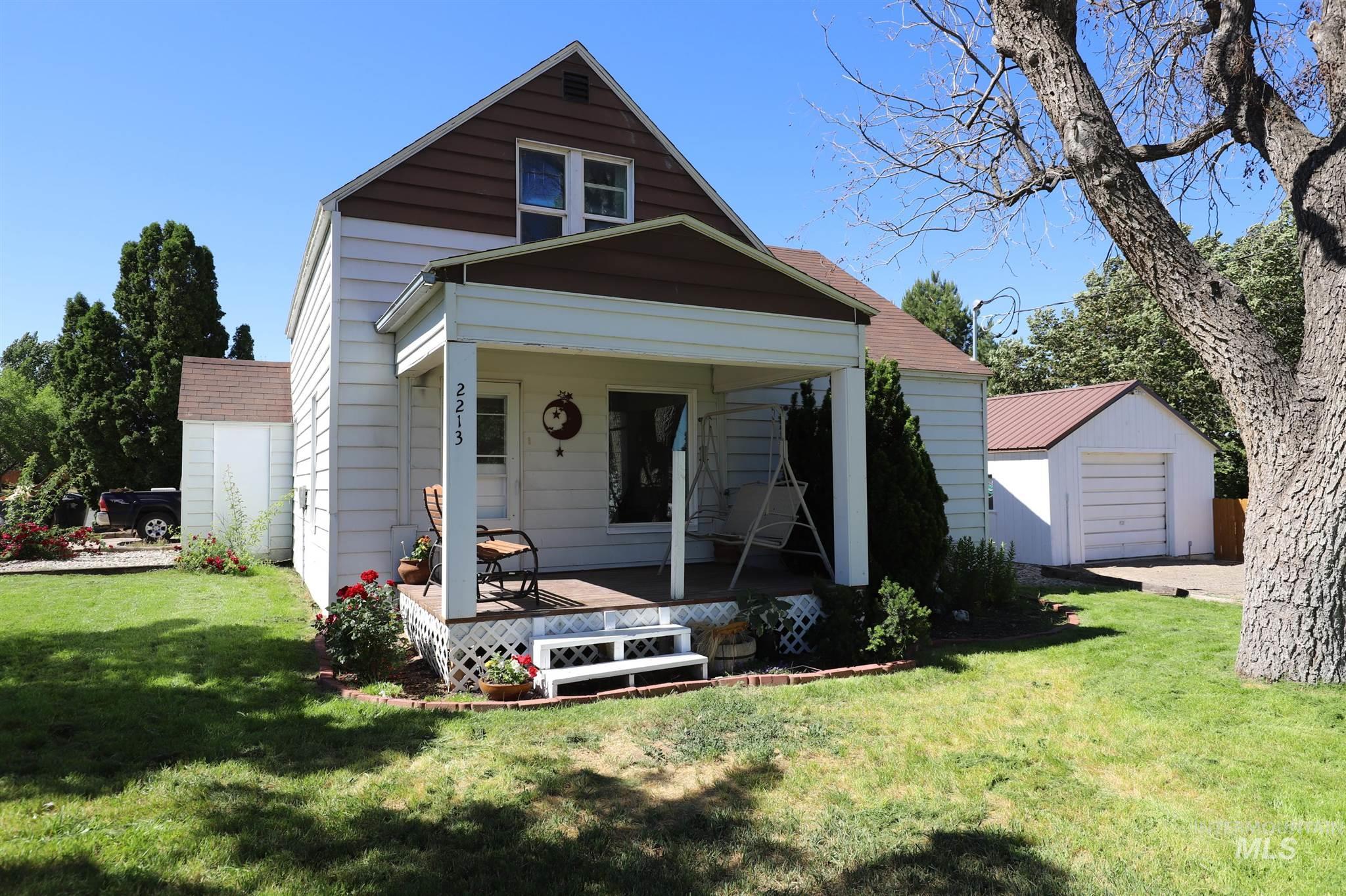 2213 County Rd. E. Property Photo 1
