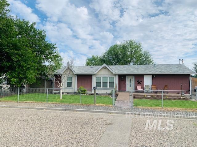 246 E C St Property Photo