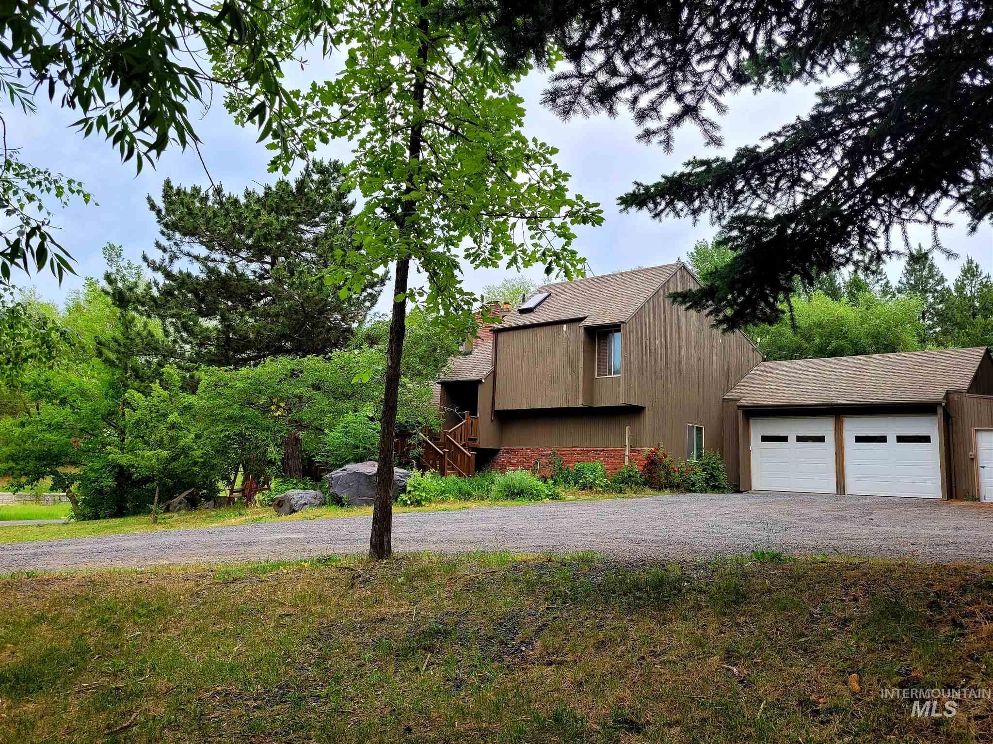 1112 Pine Crest Rd. Property Photo