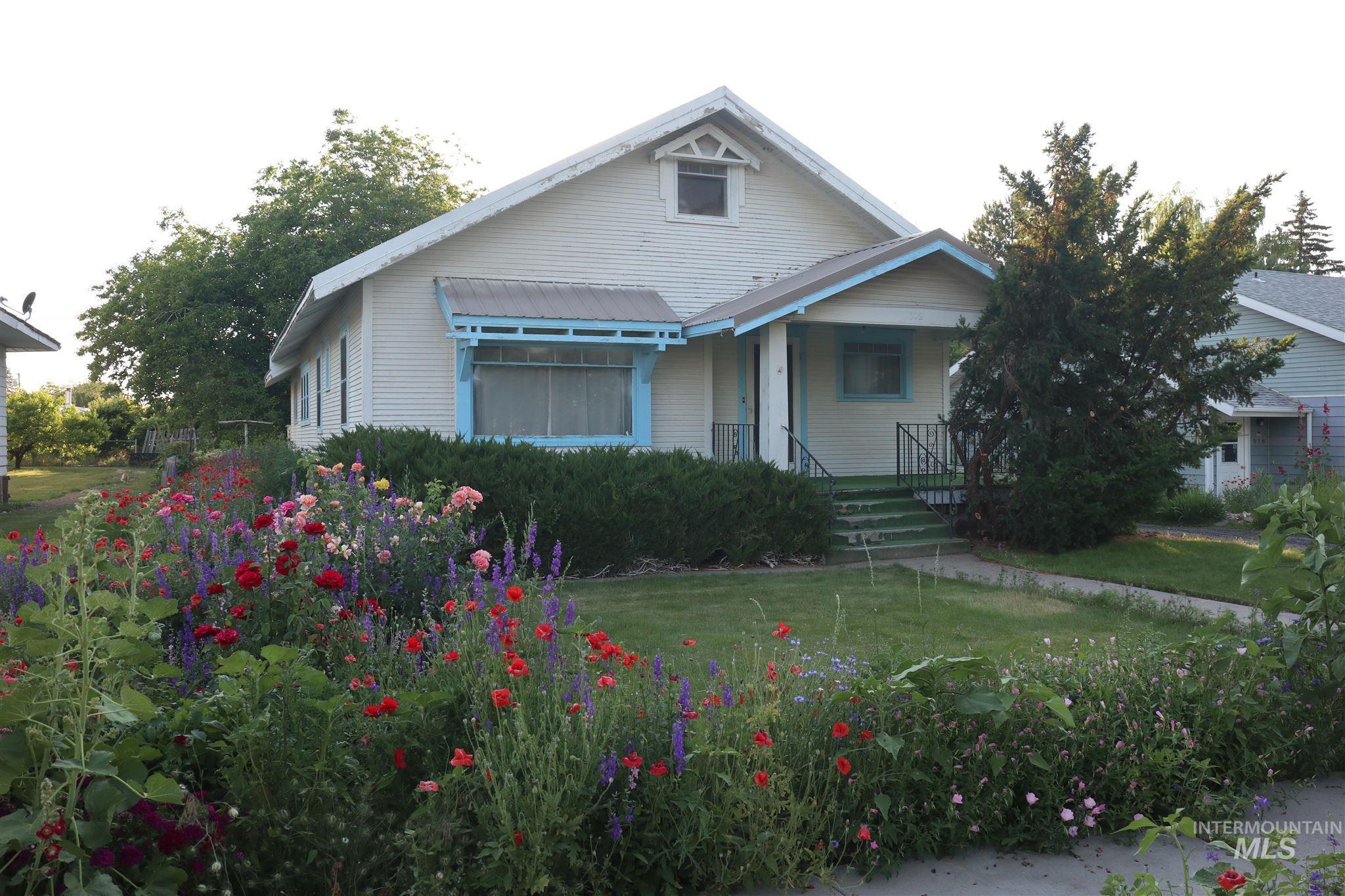 602 Yakima Ave Property Photo 1