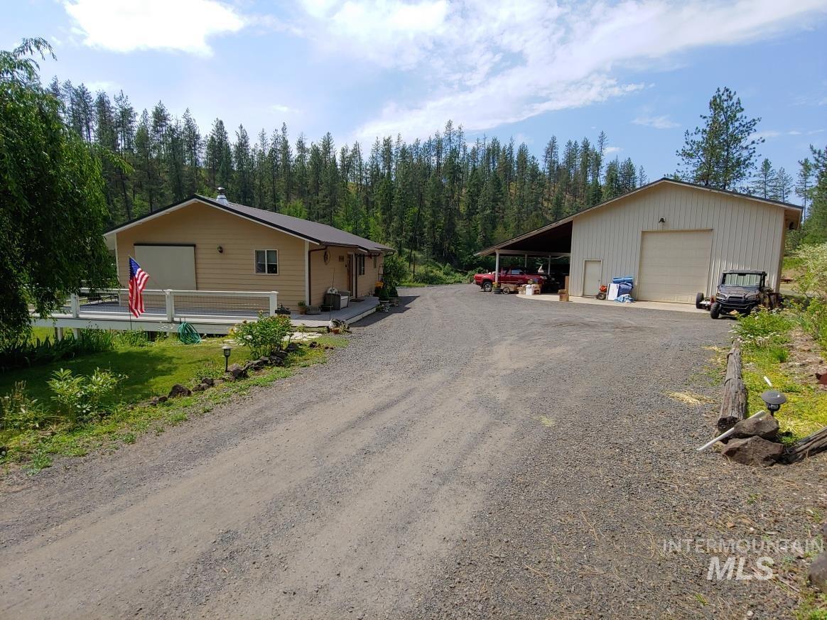 133 Westfall Ln Property Photo