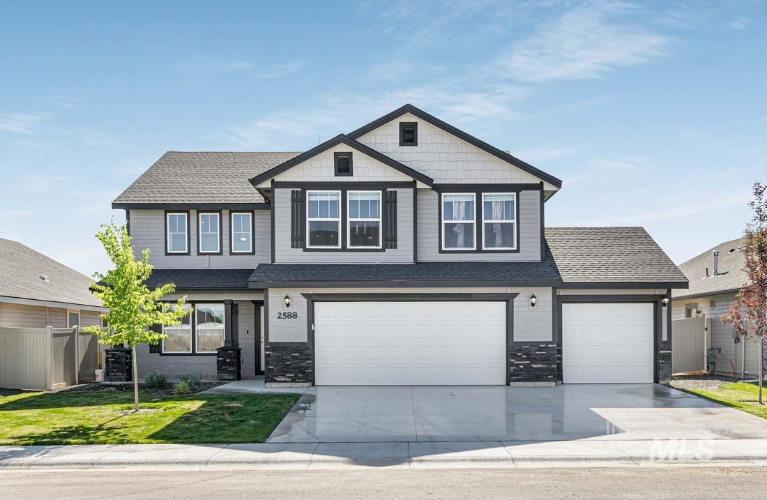 2588 N Ridgecreek Ave Property Photo