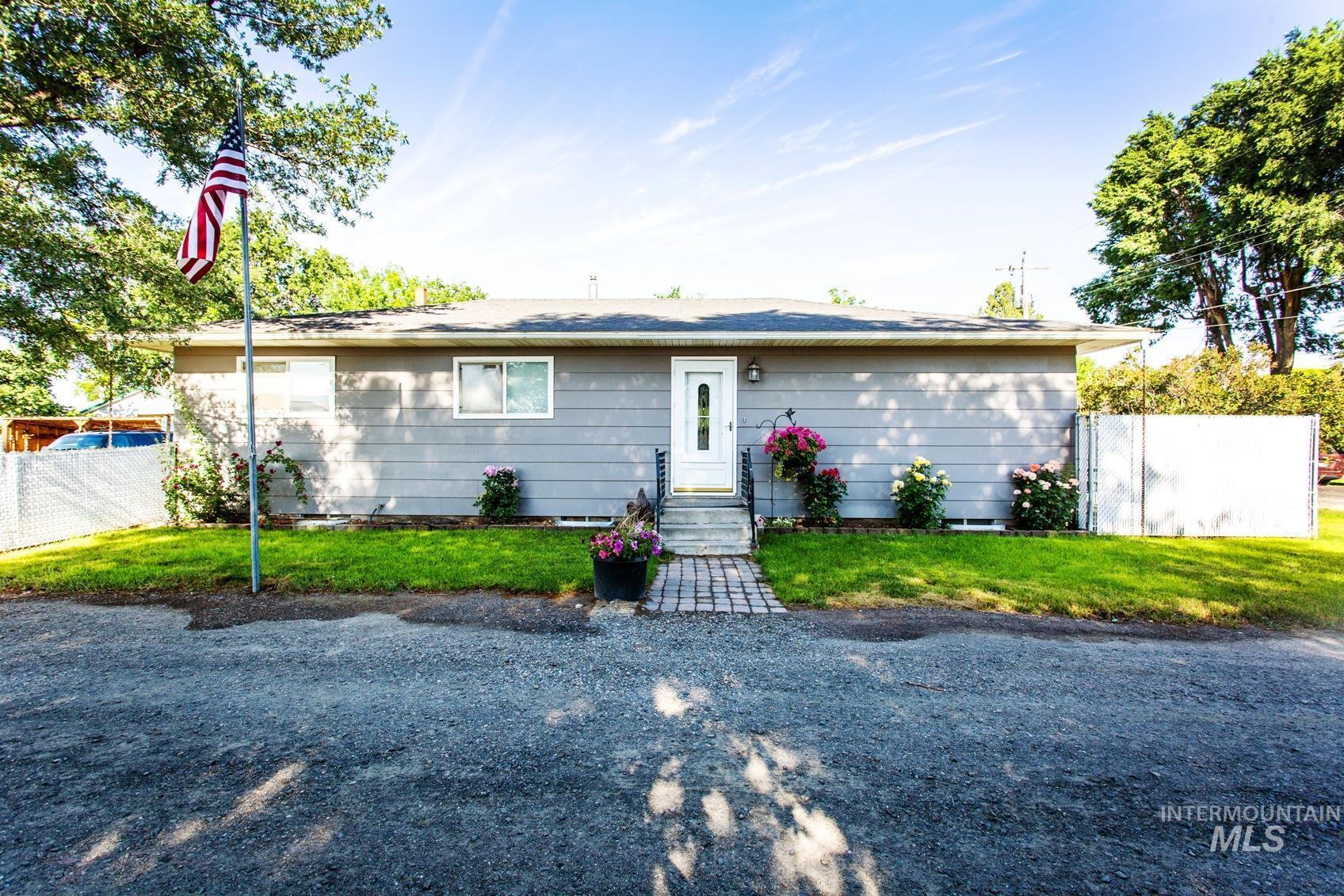 215 North Street Property Photo