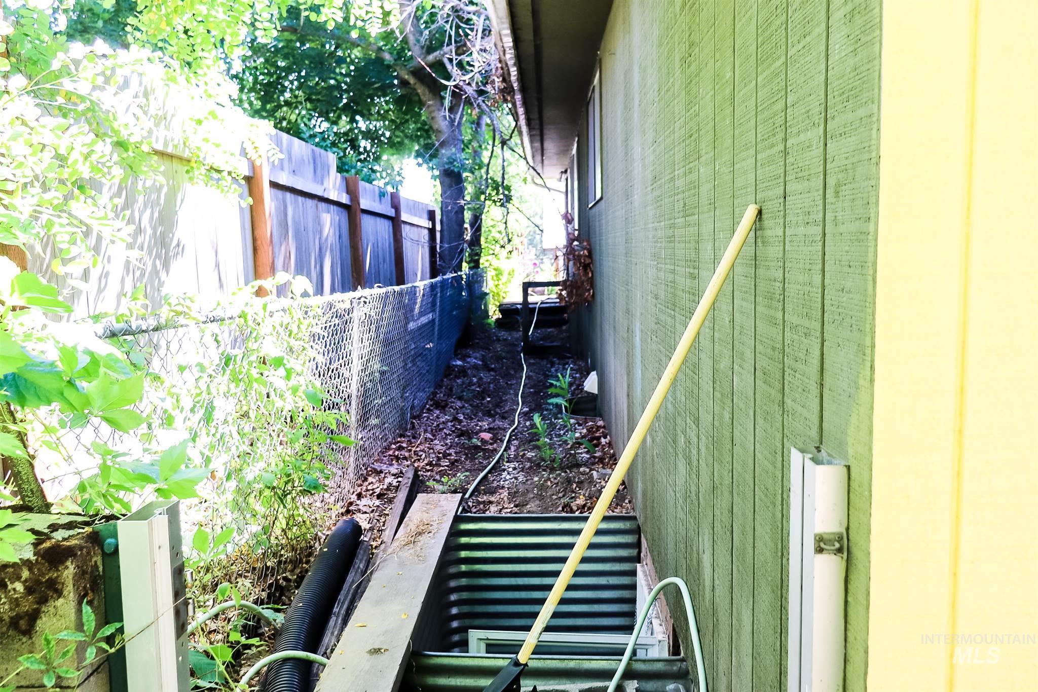 616 S Harrison Property Photo 6