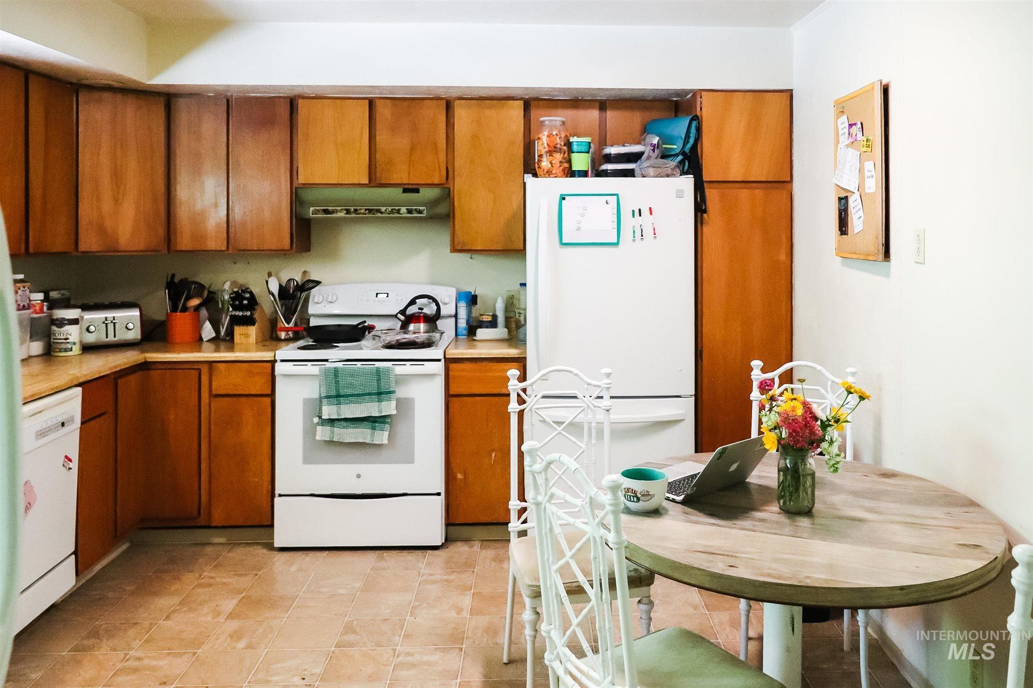 616 S Harrison Property Photo 19
