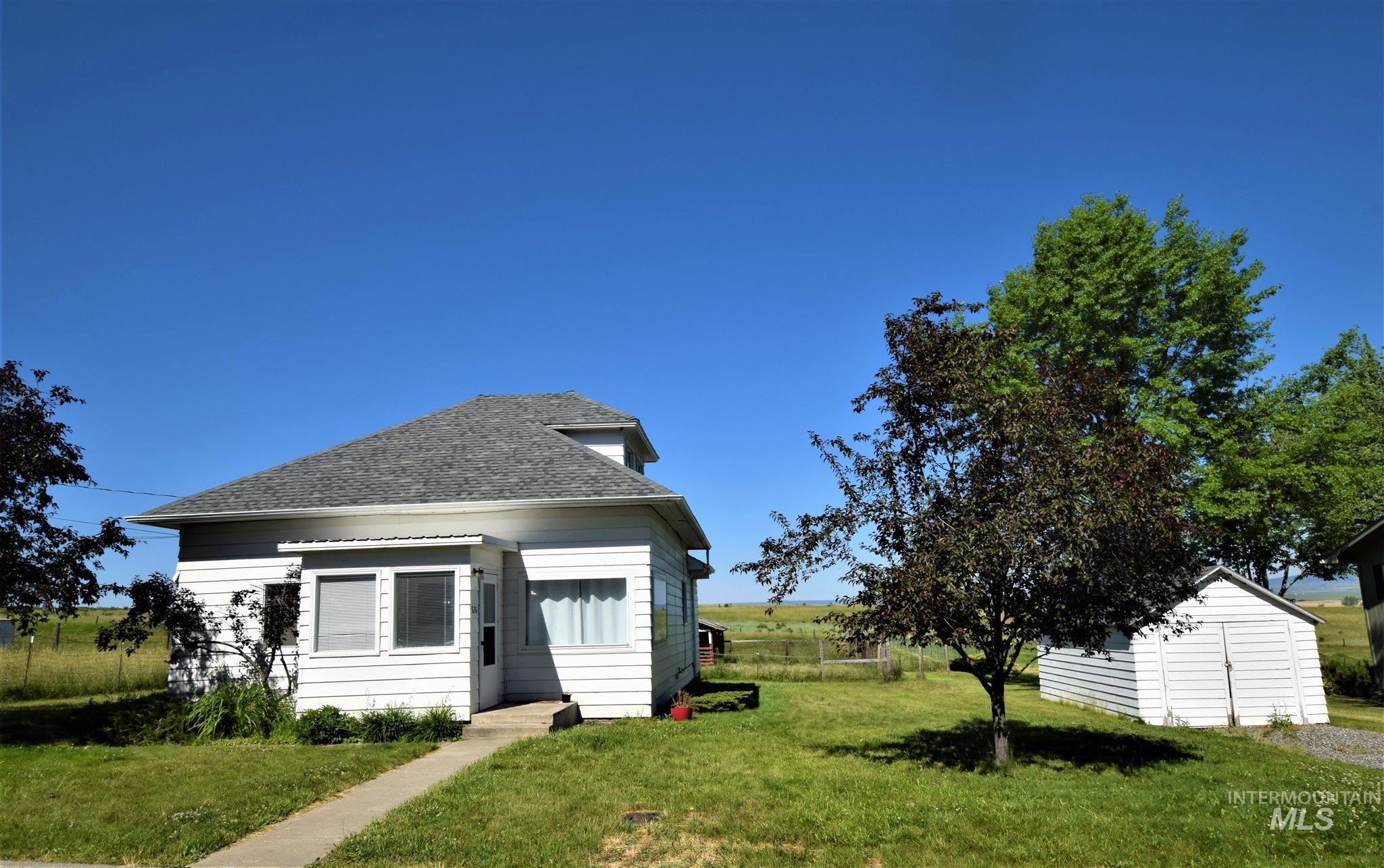 524 S E Street Property Photo