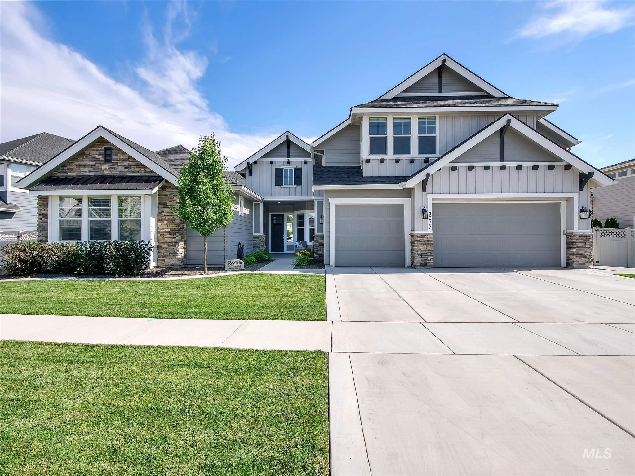 Bellano Creek Real Estate Listings Main Image