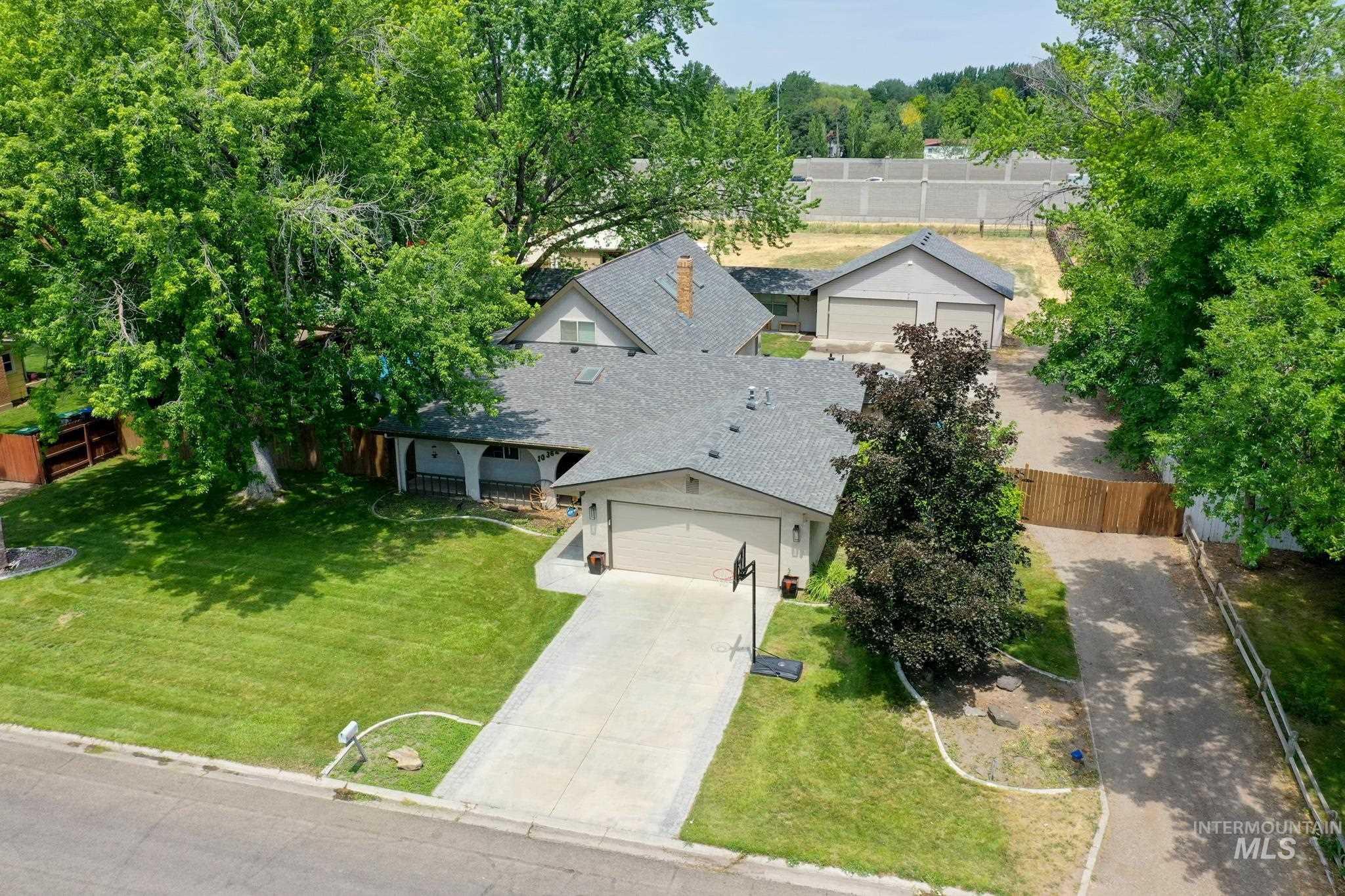 10362 W Martingale Property Photo