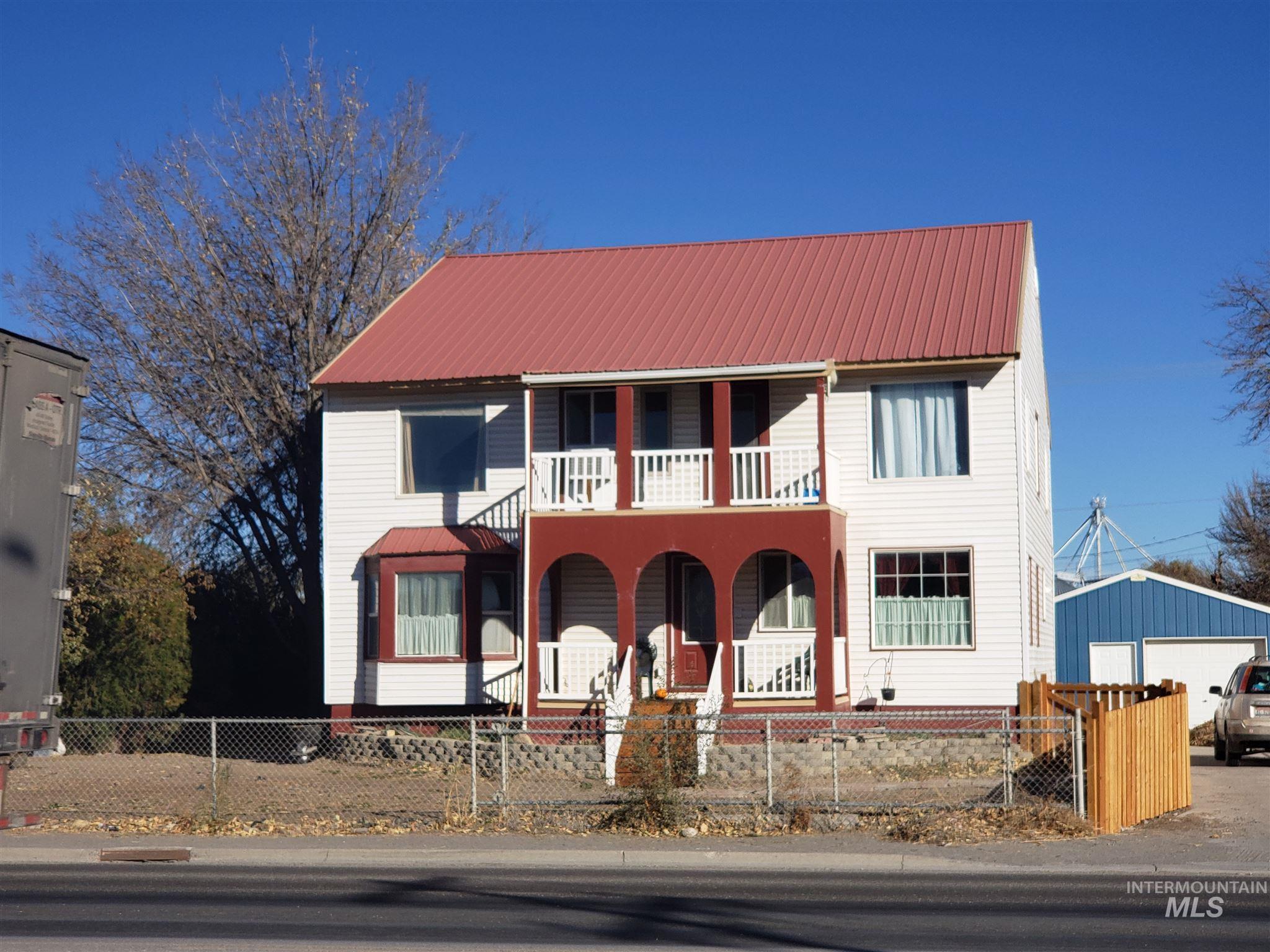 405 E Ellis Property Photo