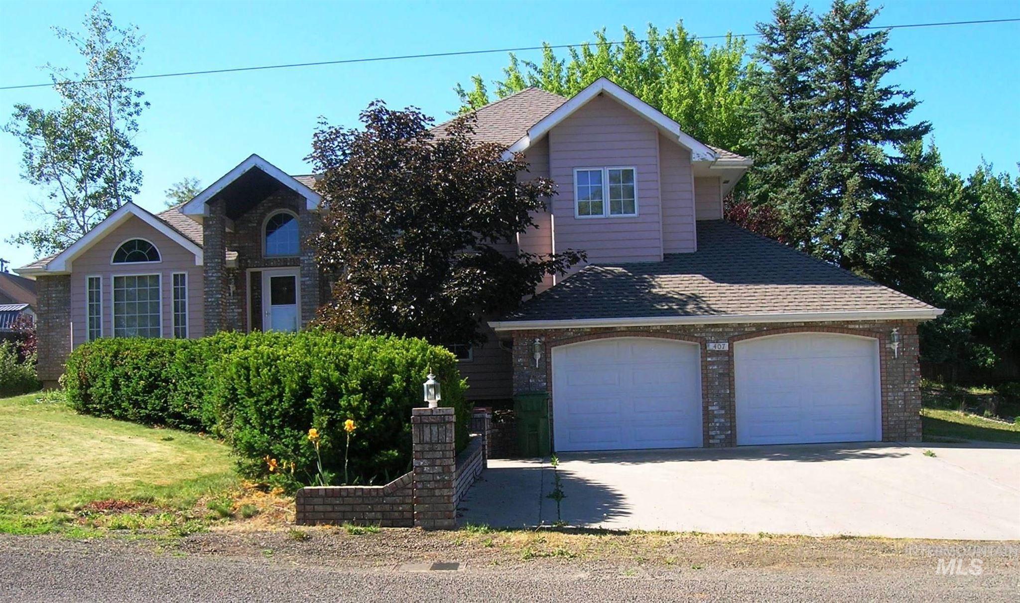 407 Hogan Street Property Photo
