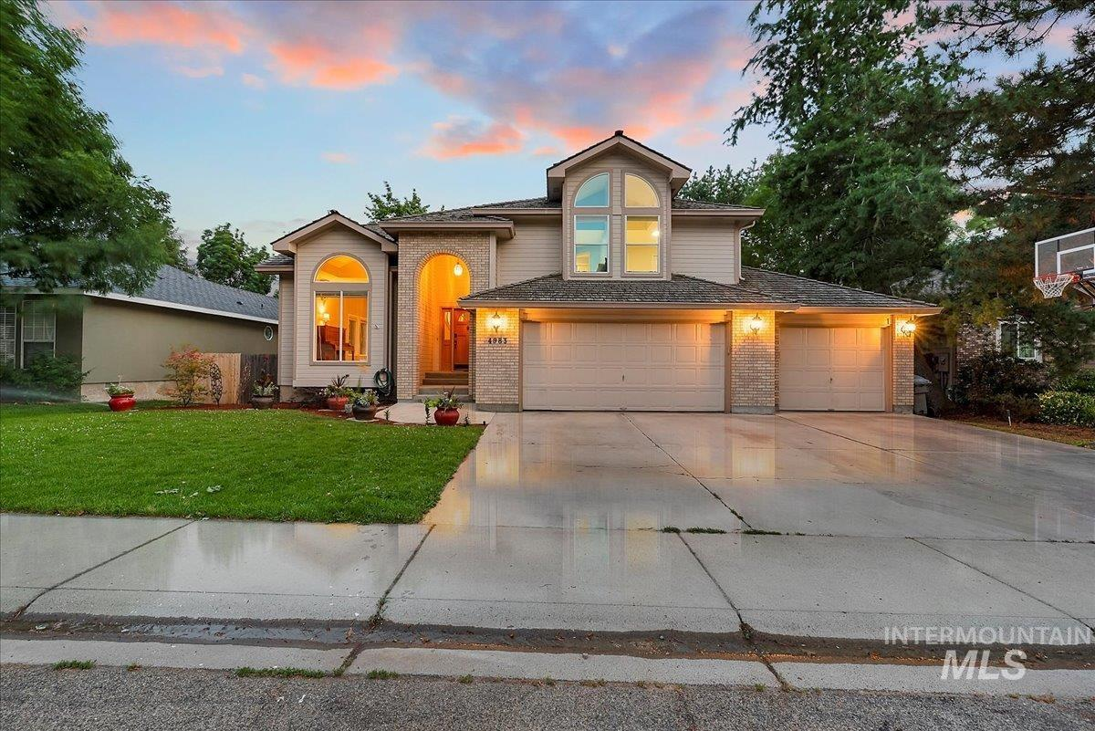 4983 W Baywood St Property Photo