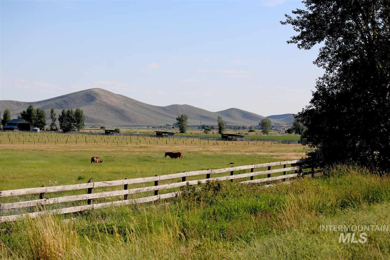 10 Costoff Road Property Photo 1