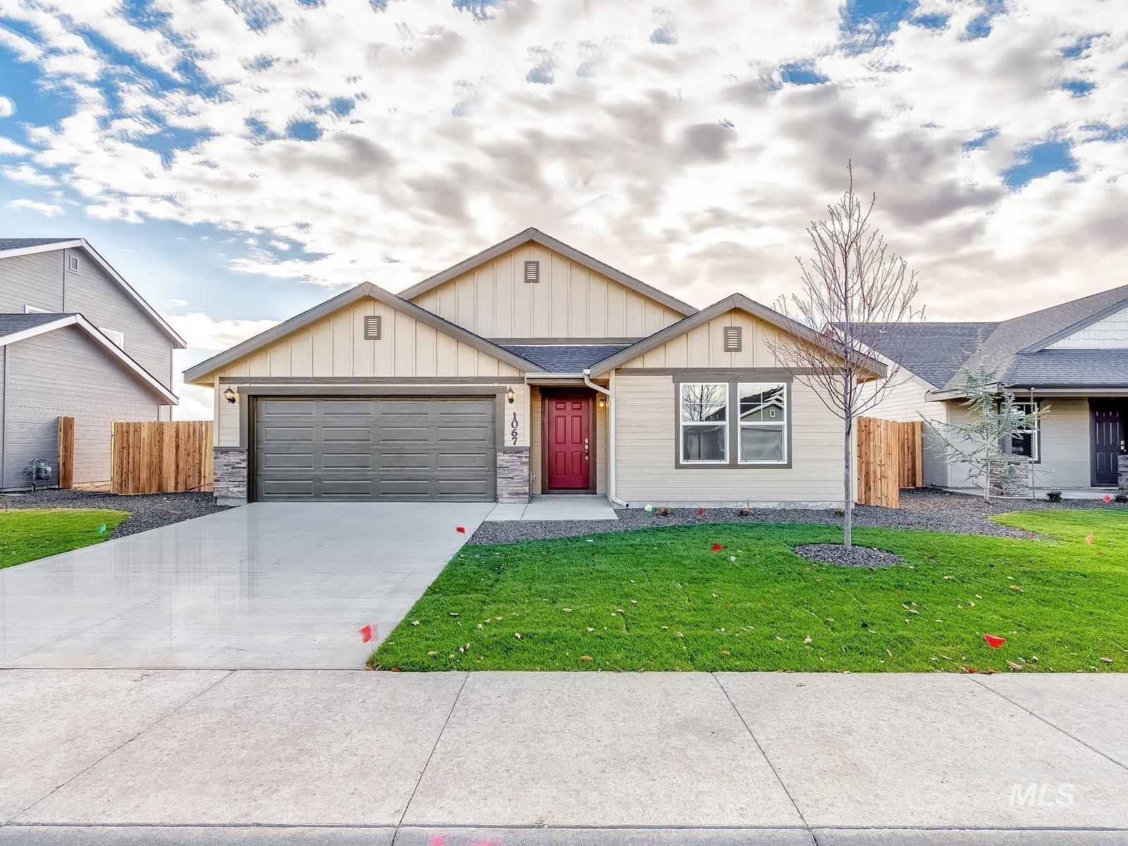 7758 S Boysenberry Ave. Property Photo 1