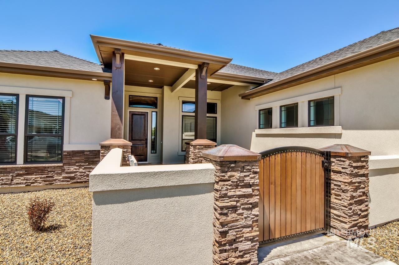 L20 Hidalgo Ranch Pl Property Photo 1