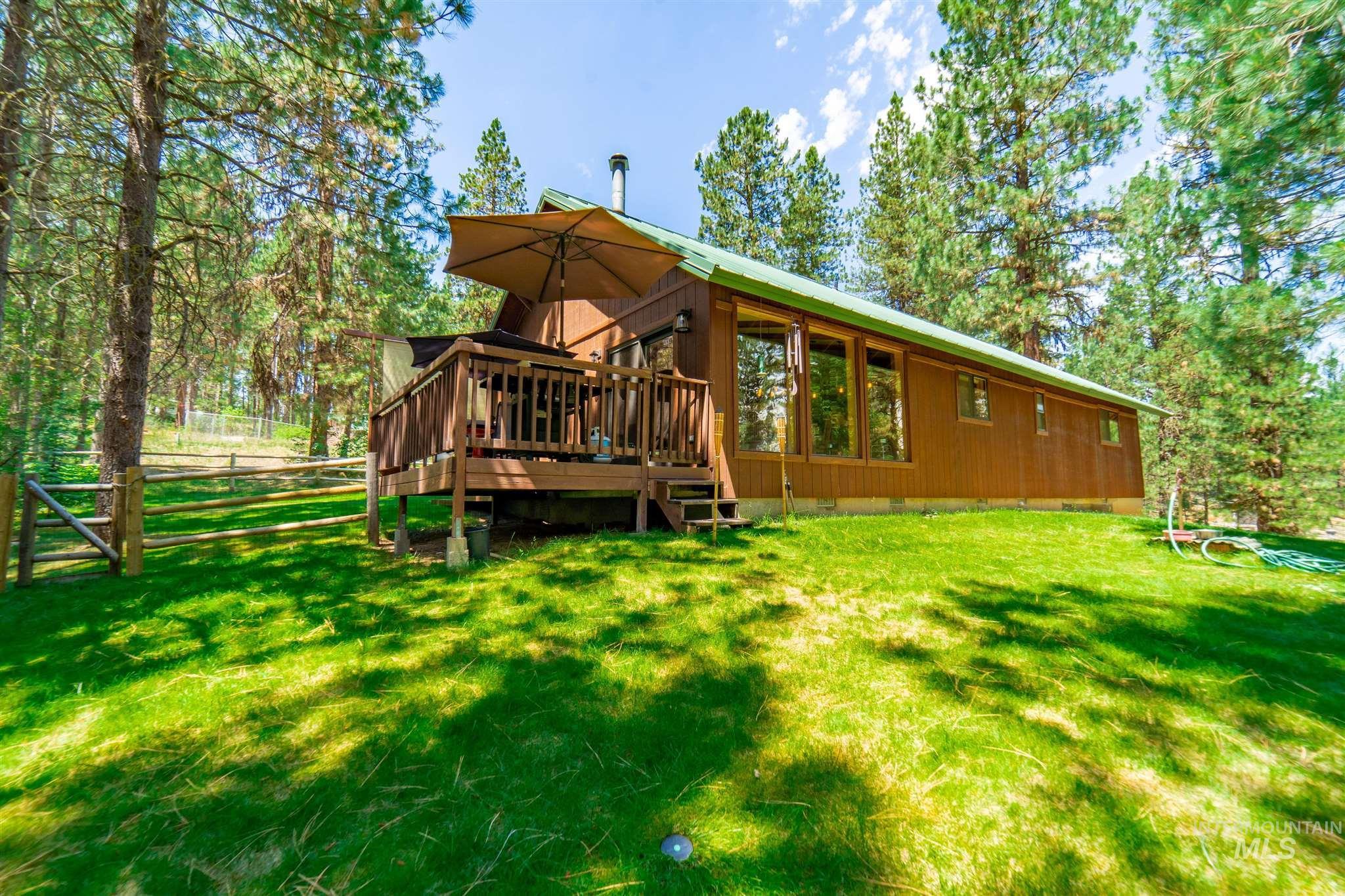 23 Meadow Creek Drive Property Photo