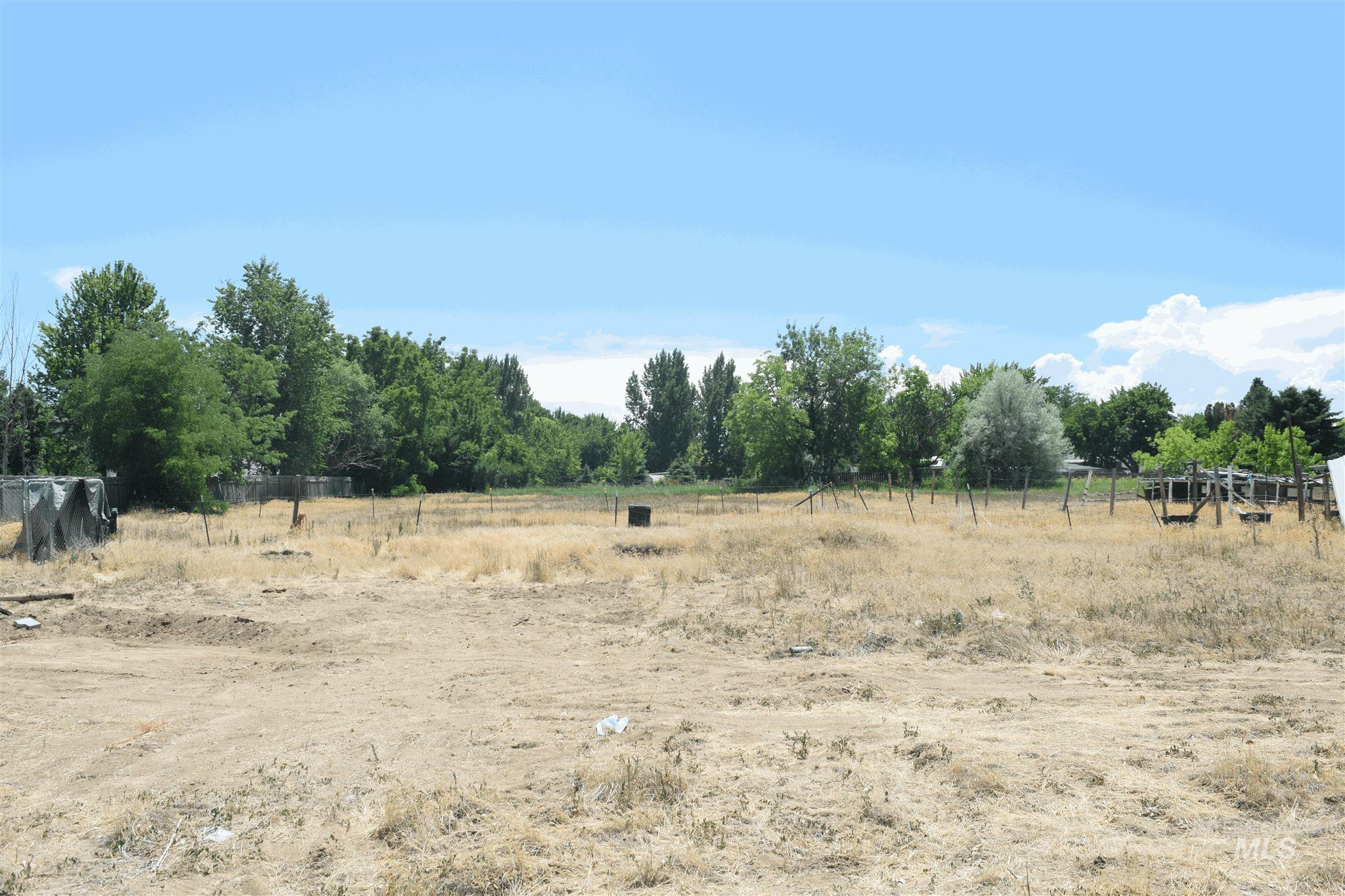 11825 W Victory Road Property Photo